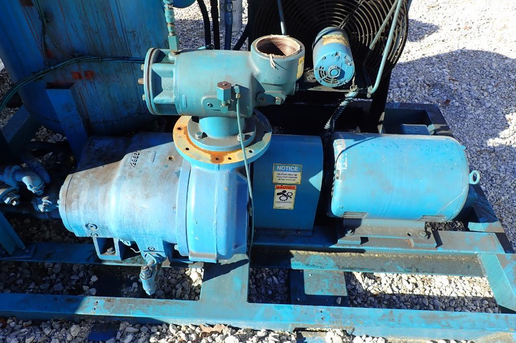 Lot 15 - Quincy Vacuum pump - (Located in Fayetteville, AR)