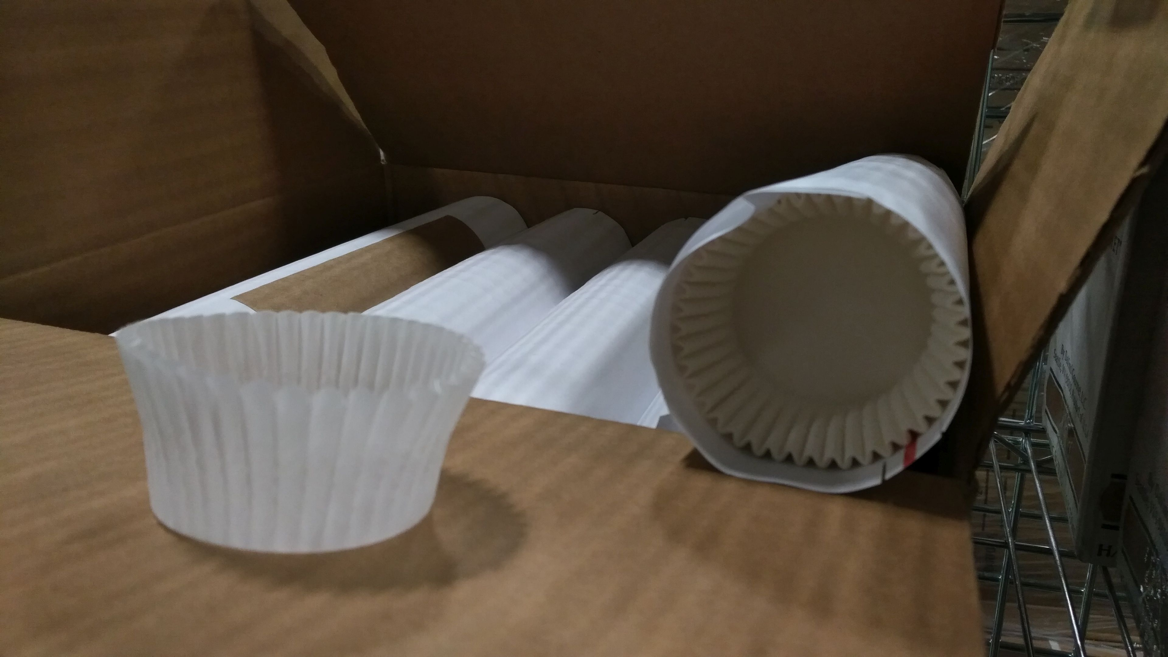 "Lot 56 - White Baking Cups, 2"" x 4.5"" x 1.25"" - Lot of 5000"