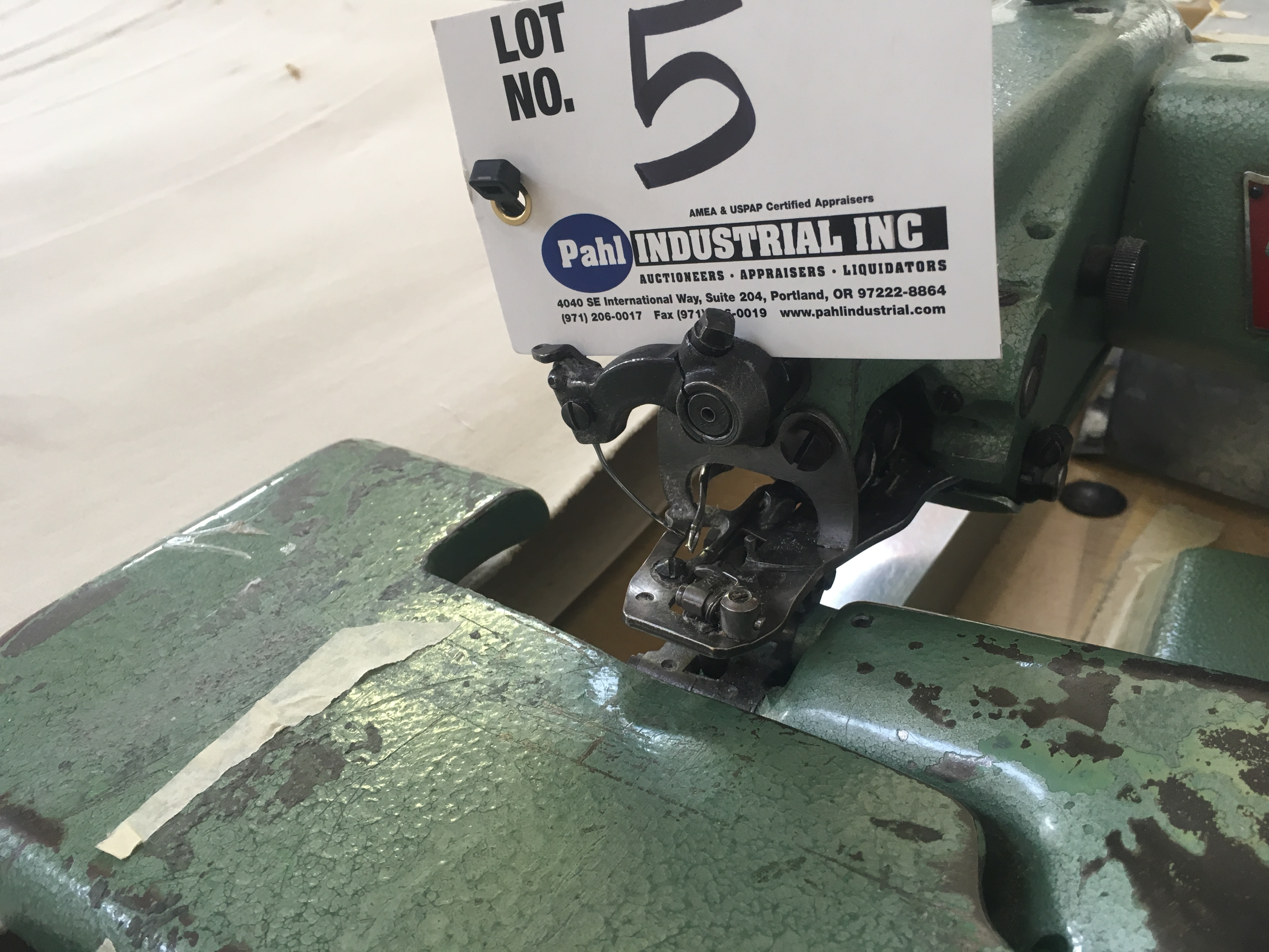 Lot 5 - U.S. Blind Stitch Machine Corp Model 718-2 Blind Stitching Machine