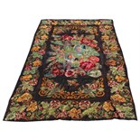Property of a lady of title - a Bessarabian flat weave floral carpet, early 20th century, 139 by