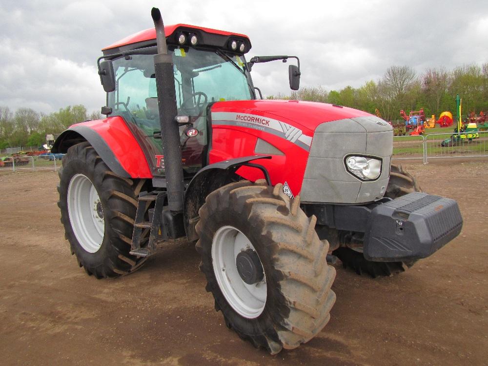 Tractor Front Suspension : Mccormick xtx wd kph tractor with front suspension
