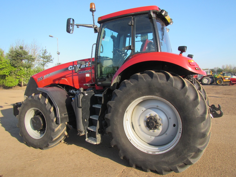 International Tractor Spindle : Case international magnum tractor with full powershift