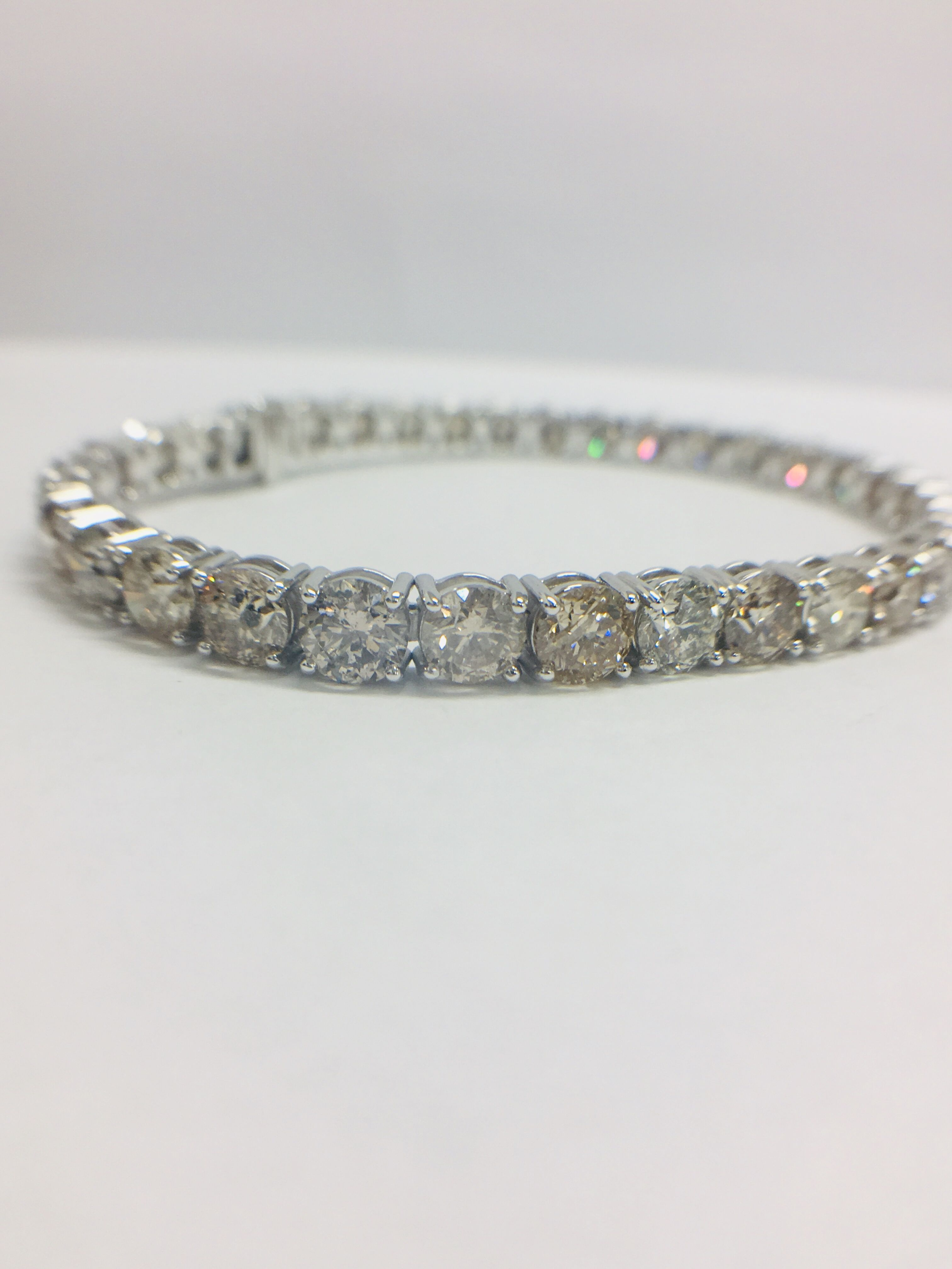 Lot 3 - 18ct White Gold Diamond Tennis Bracelet