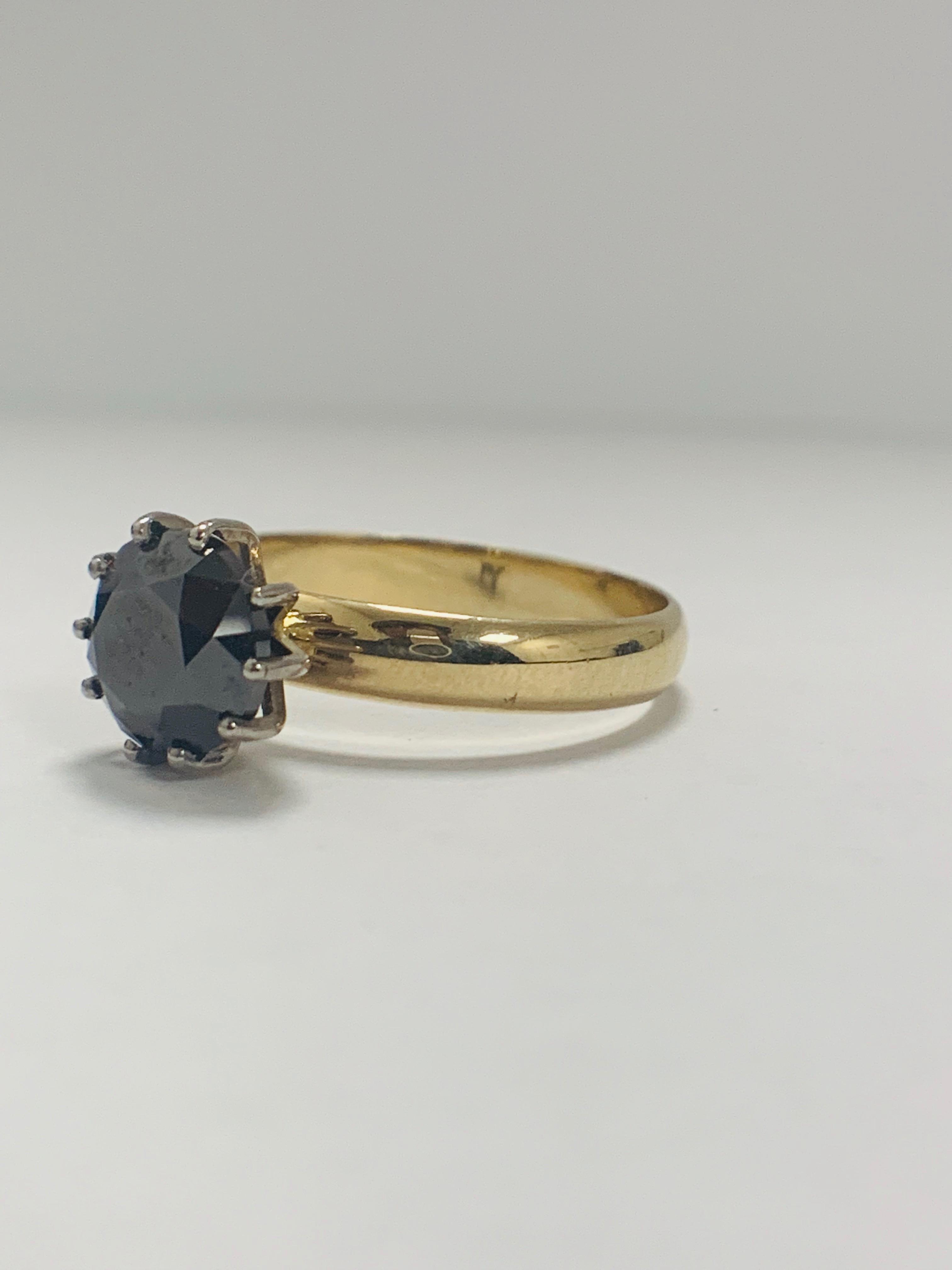 Lot 53 - 18ct Yellow Gold Diamond ring featuring centre, round brilliant cut, deep orangey brown Diamond (3.3