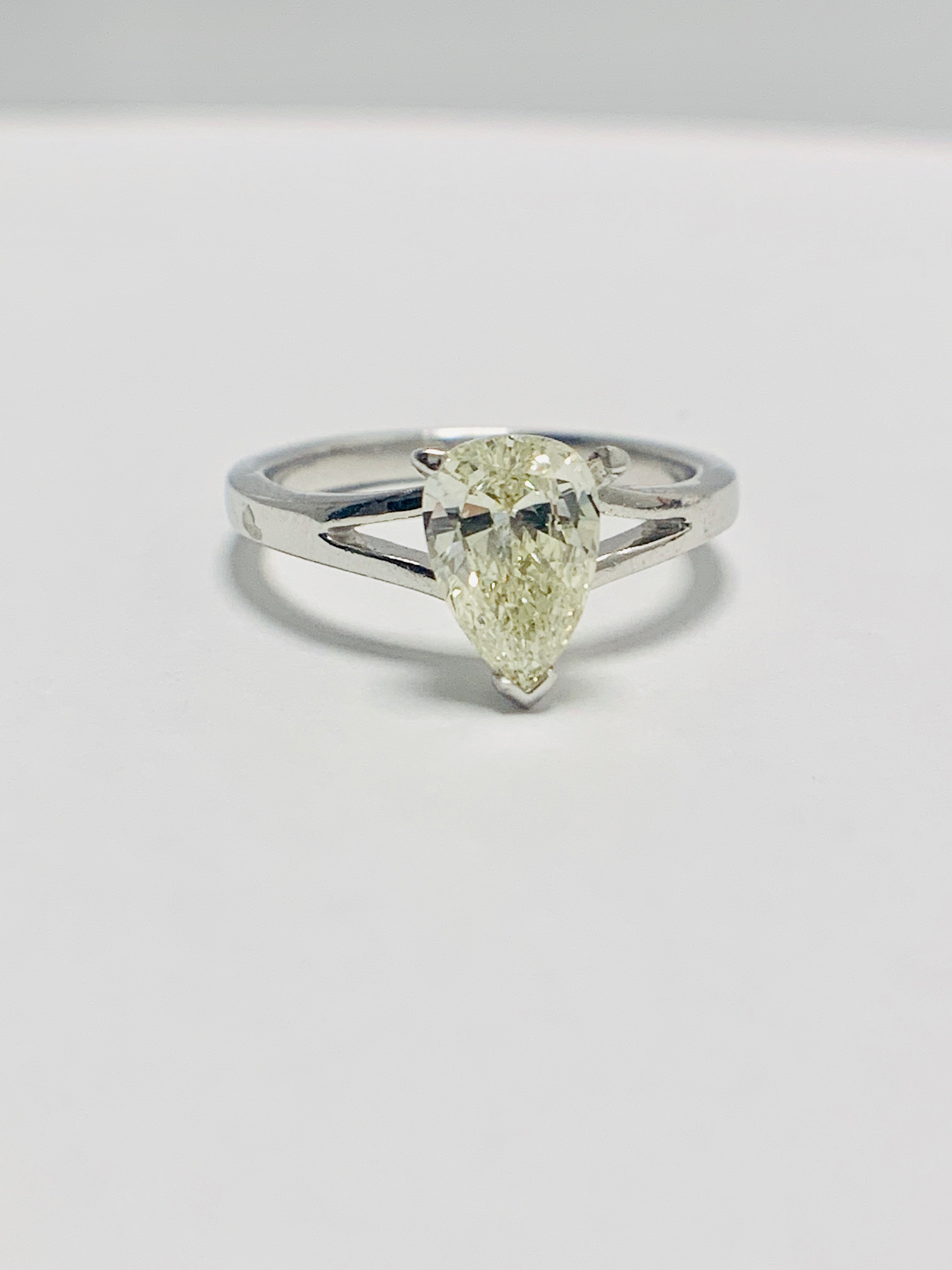Lot 33 - 1ct Pearshape Diamond Platinum Solitaire Ring.