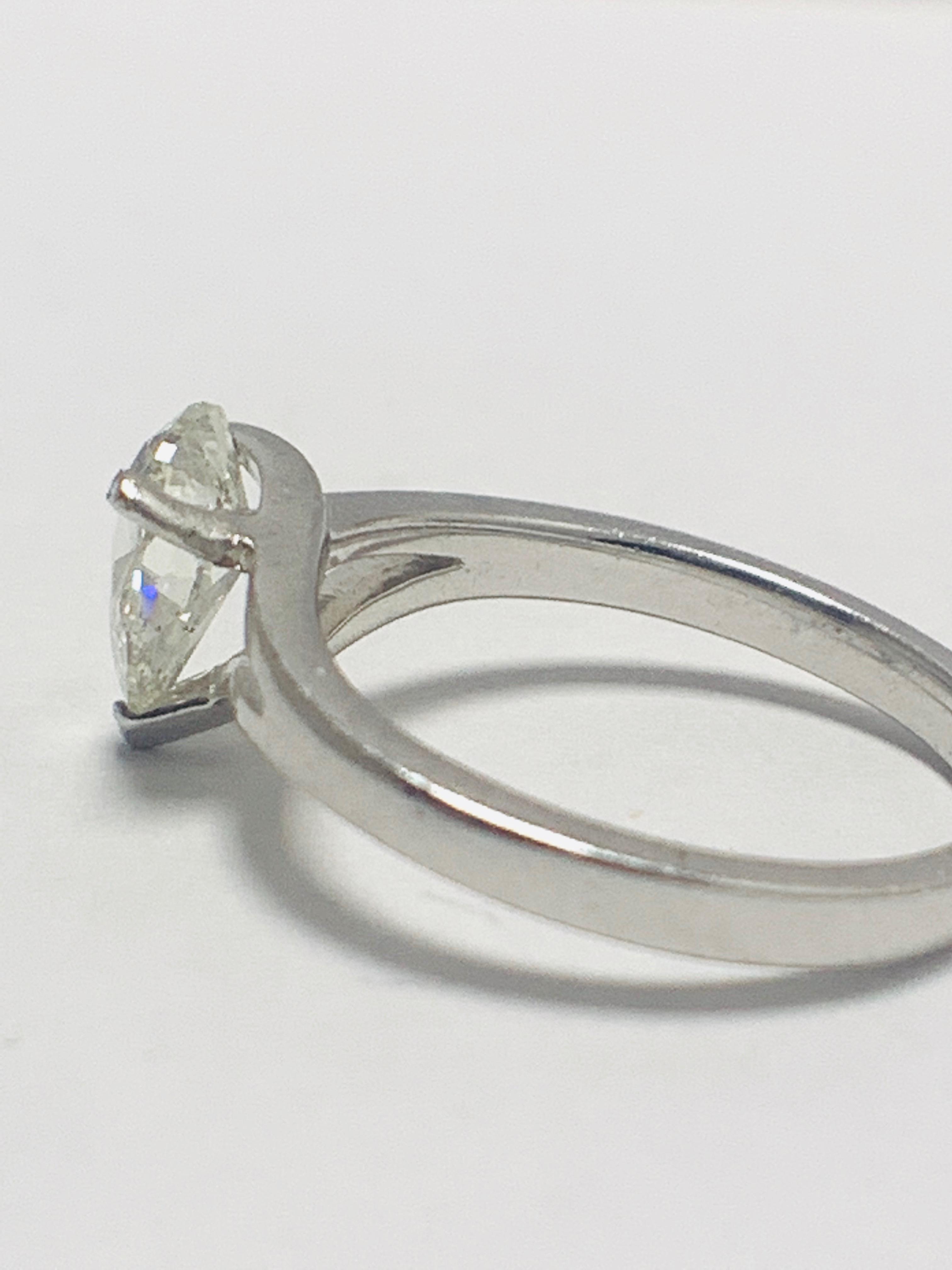 Lot 32 - 1ct Pearshape Diamond Platinum Solitaire Ring.