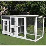 Boxed Dug Chicken Coop RRP £105 (18799) (Public Viewing & Appraisals Available)