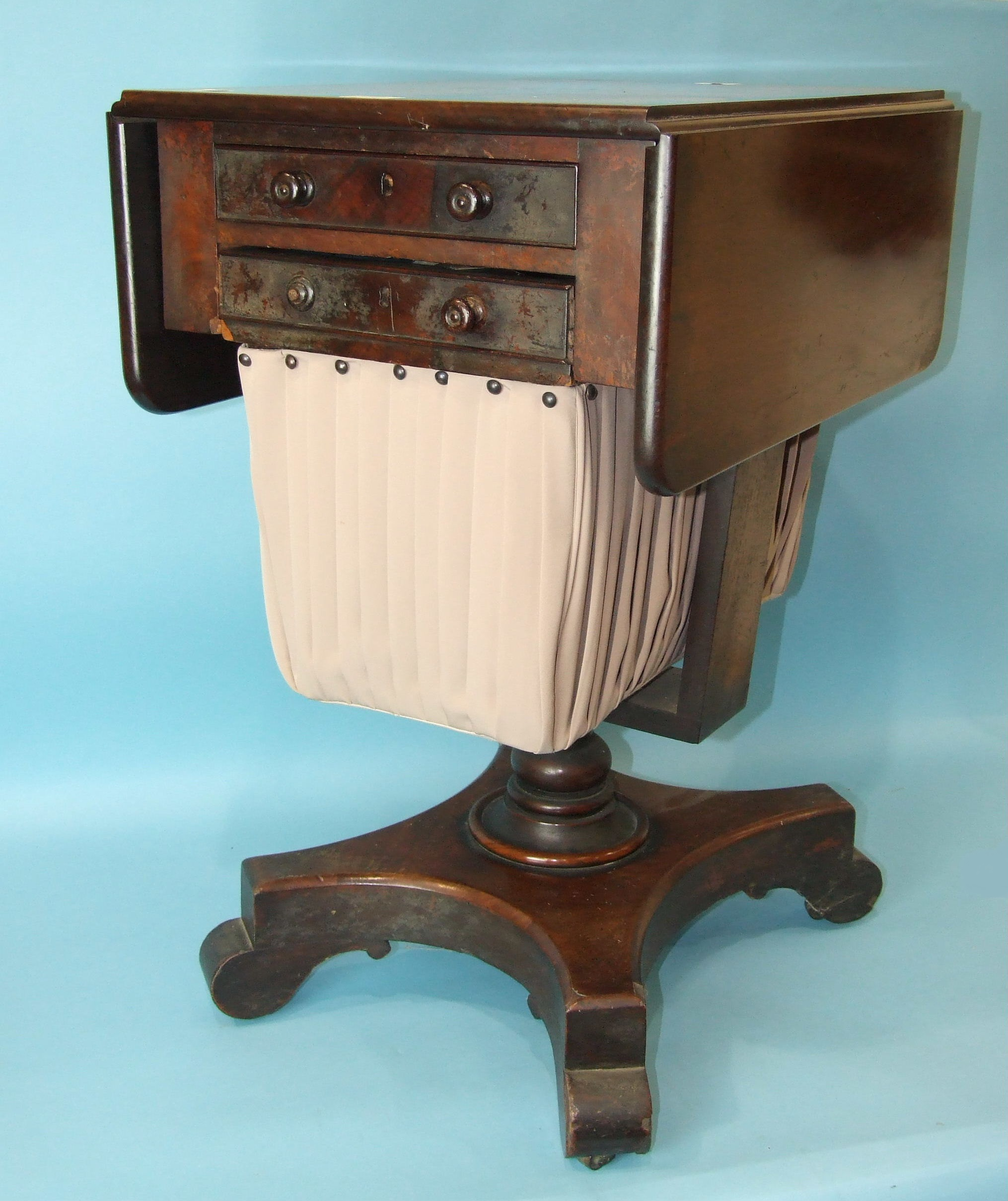A William IV mahogany work table, the rectangular top with two drop leaves above a pair of drawers - Image 3 of 3
