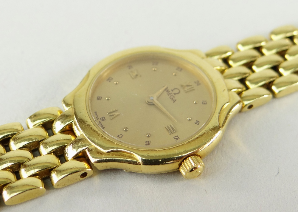 OMEGA 18CT (750) GOLD LADIES WRISTWATCH WITH 'BRICKWORK' BRACELET. 40.6 grams Condition Report: - Image 5 of 6