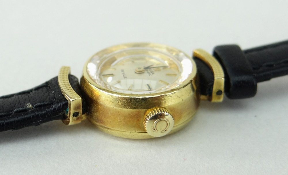 18K YELLOW GOLD LADIES OMEGA AUTOMATIC DE VILLE WRISTWATCH, numbered to inside of back cover ' - Image 4 of 4
