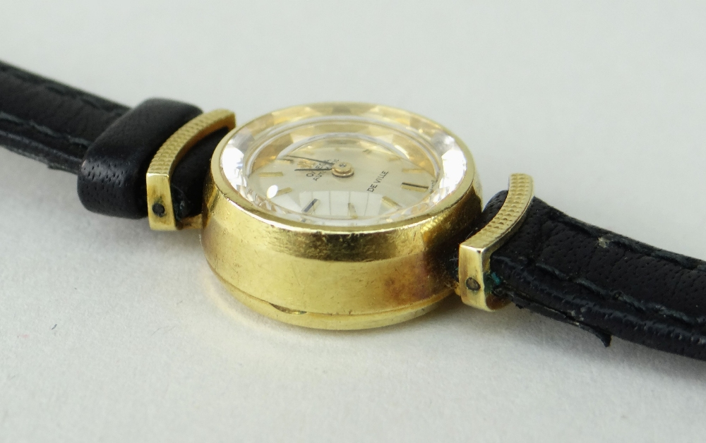 18K YELLOW GOLD LADIES OMEGA AUTOMATIC DE VILLE WRISTWATCH, numbered to inside of back cover ' - Image 3 of 4