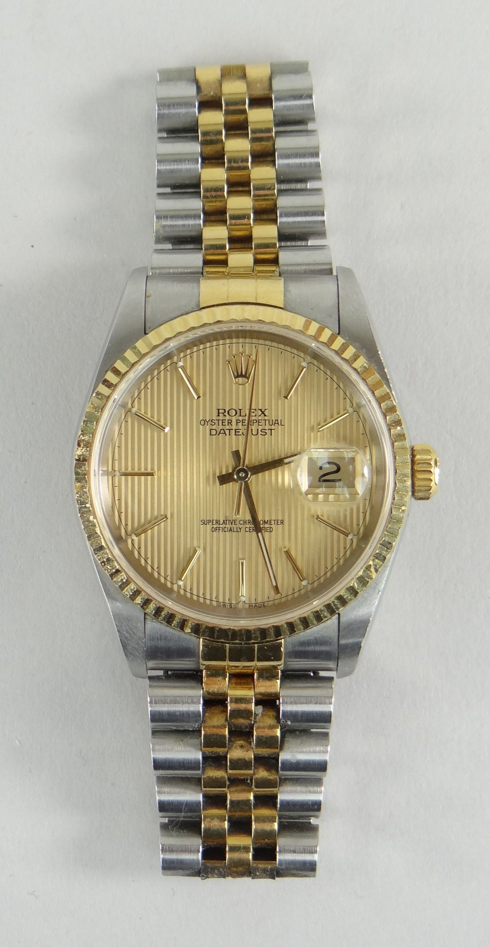 ROLEX OYSTER PERPETUAL DATEJUST SUPERLATIVE CHRONOMETER WRISTWATCH, having baton hands and numerals, - Image 2 of 5