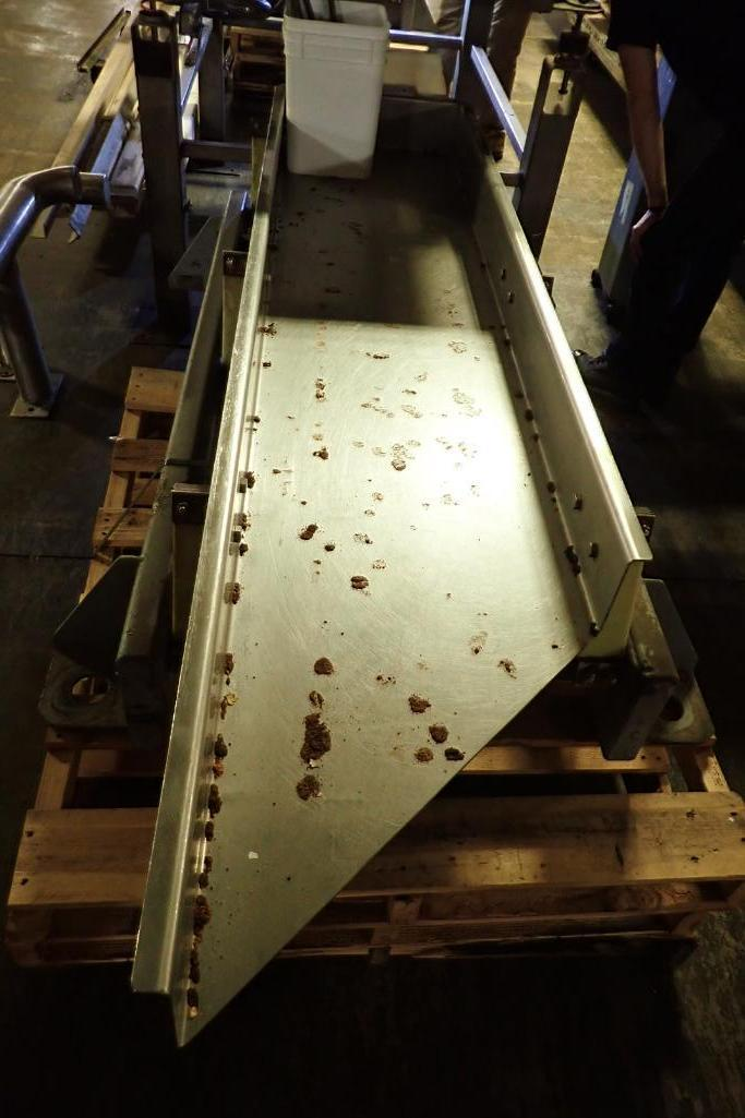 Lot 8 - Key iso-flo vibrator conveyor {Located in Indianapolis, IN}