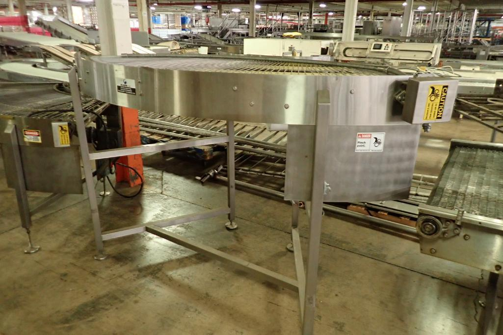 Lotto 22 - Keenline 90 degree conveyor {Located in Indianapolis, IN}