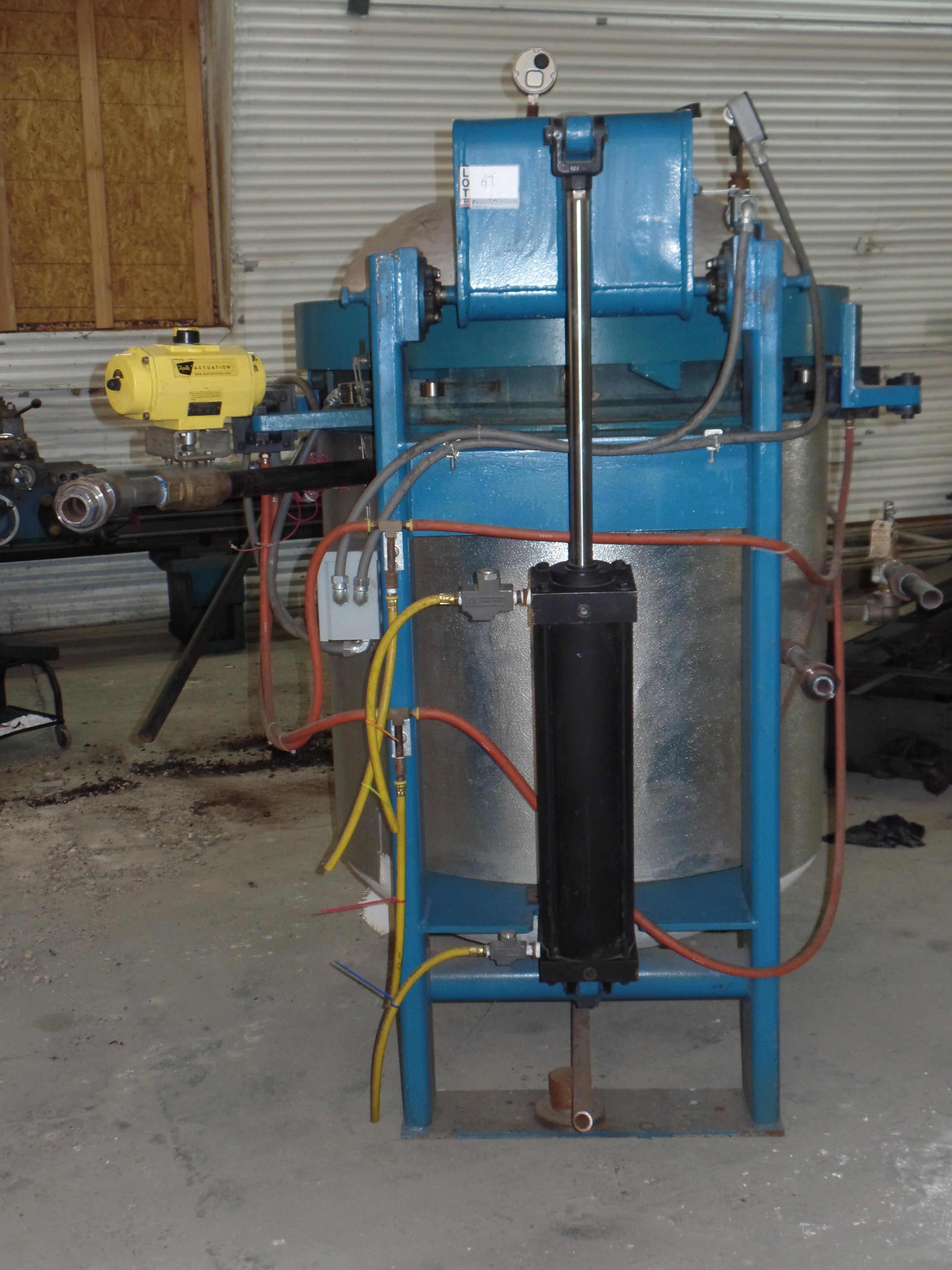 """W.S.F. Vertical Steam Autoclave, 35"""" ID x 48"""" H, 135 PSIG @ 360 deg F, solid state control, hyd - Image 3 of 5"""