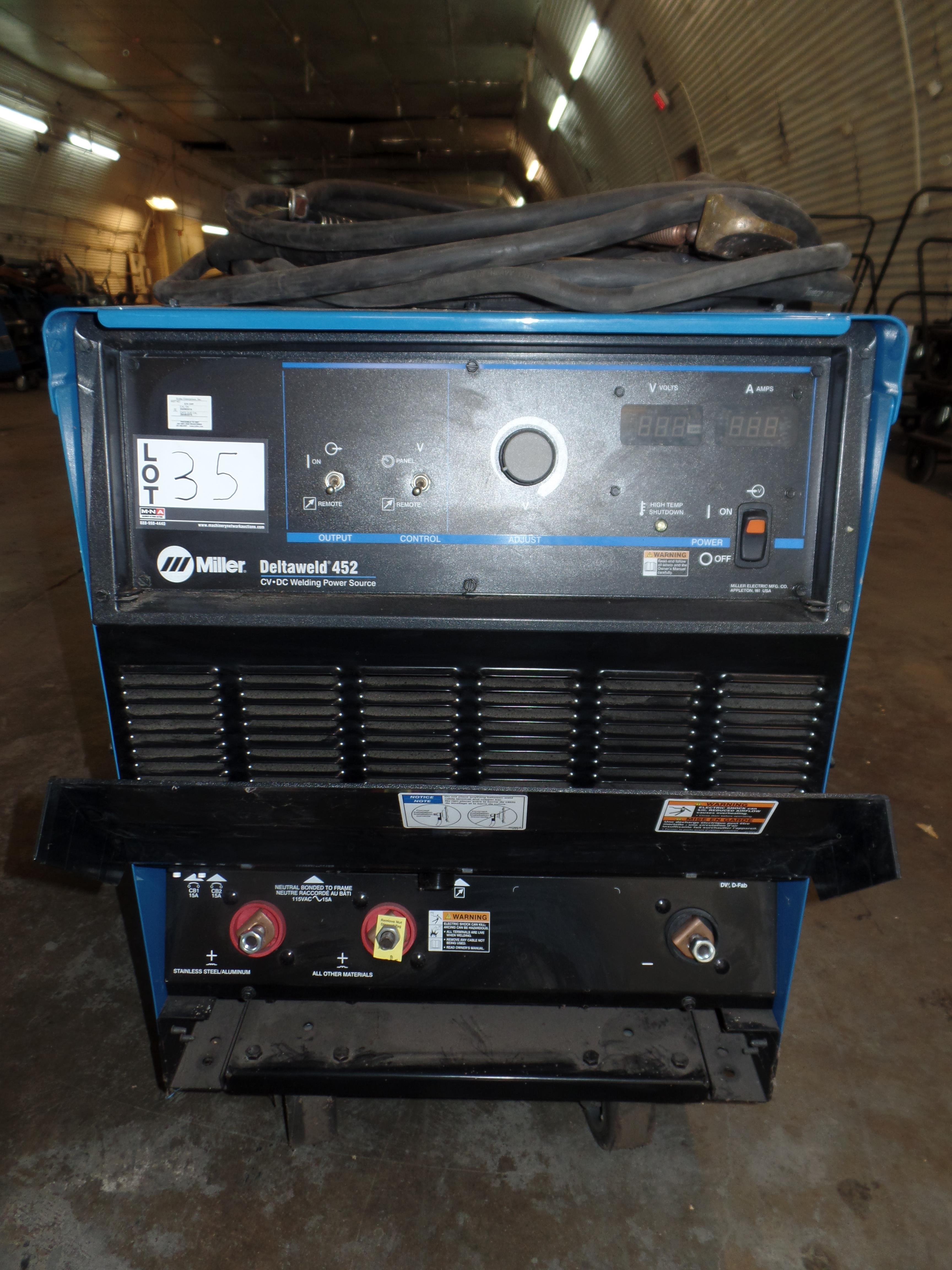Deltaweld 452 MIG Welder S/N ME210141C (Located in Fort Worth, TX)