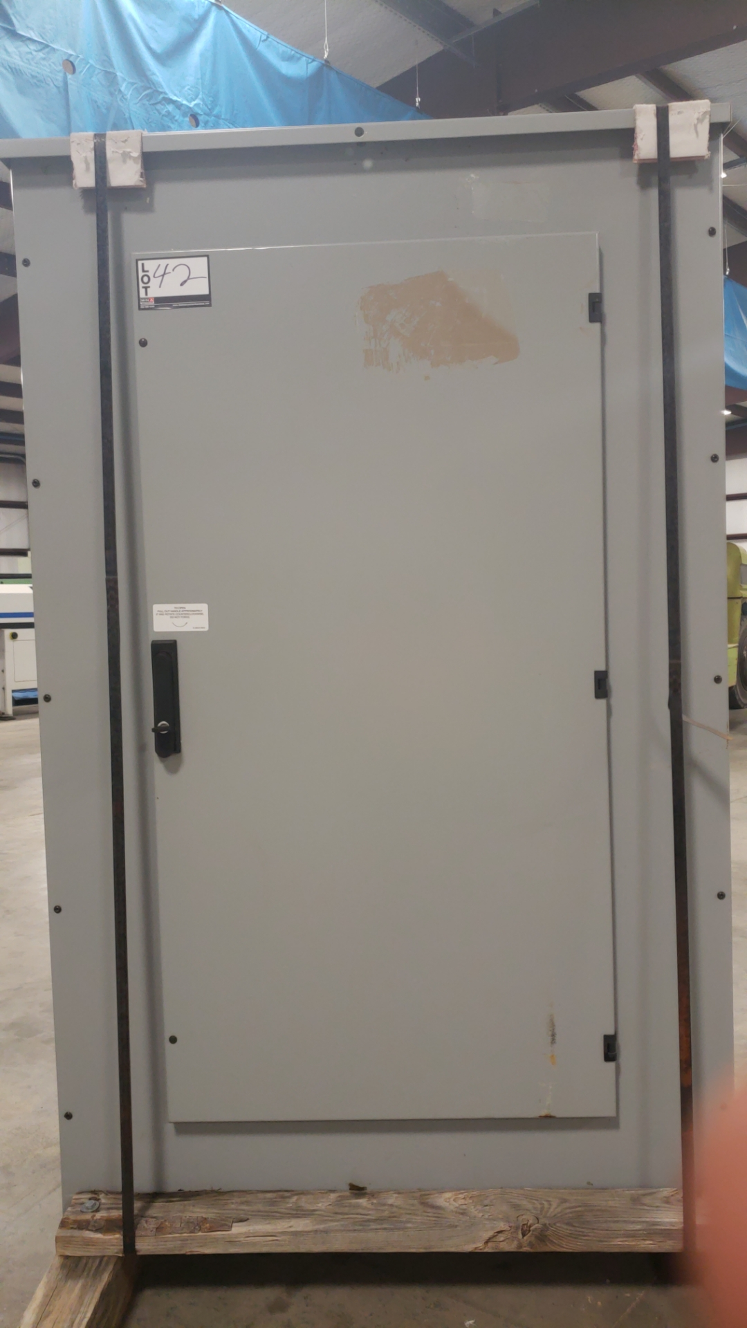 New Siemes 800 AMP 600 volt electric panel