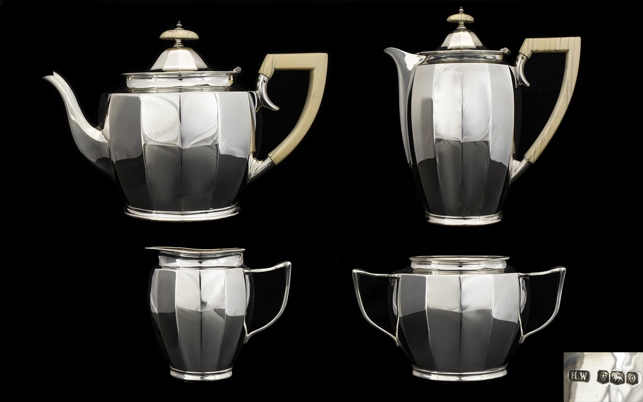 Lot 107 - Art Deco Period Stunning Solid Silver 4