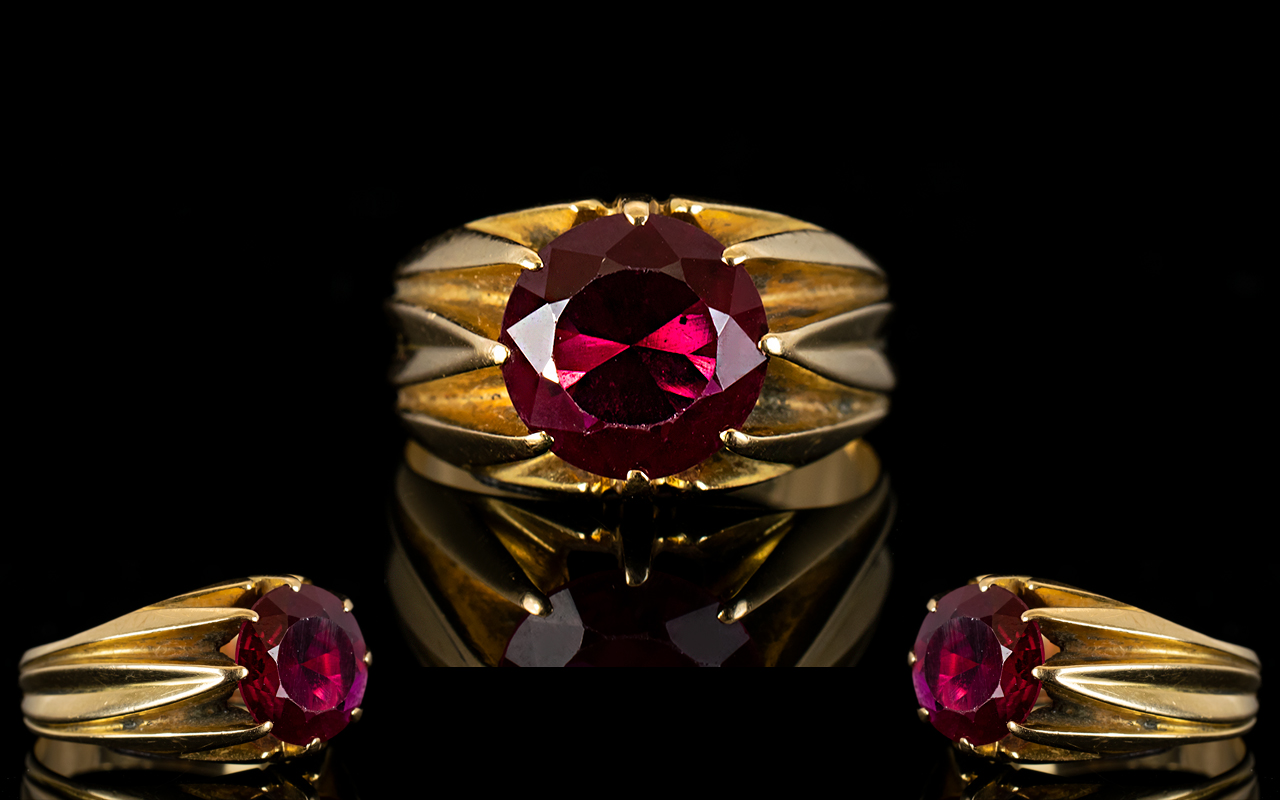 Lot 45 - An Unmarked 18ct Gold And Ruby Ring Moun