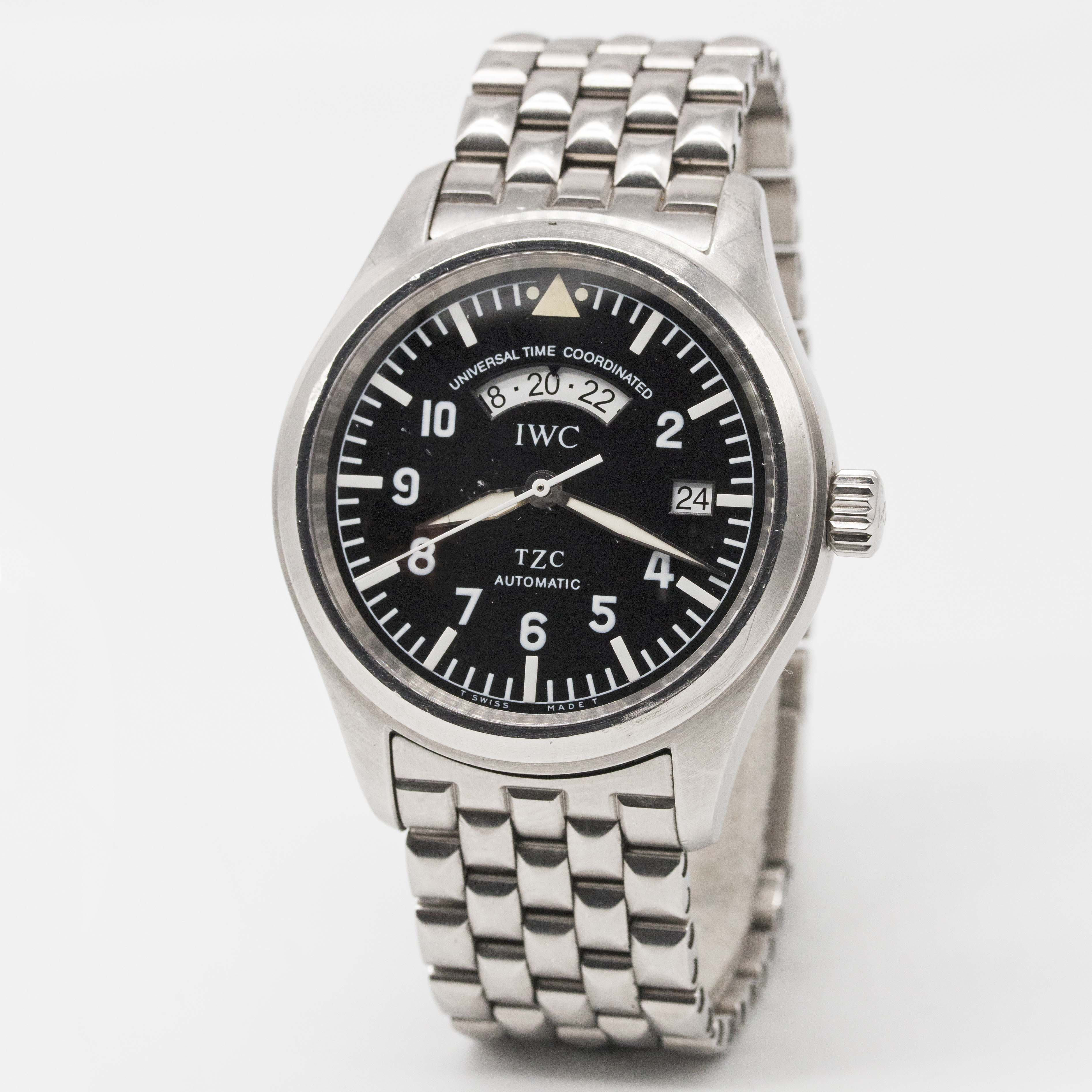 Lot 88 - A GENTLEMAN'S STAINLESS STEEL IWC UTC DUAL TIME TZC AUTOMATIC PILOTS BRACELET WATCH DATED 2001, REF.