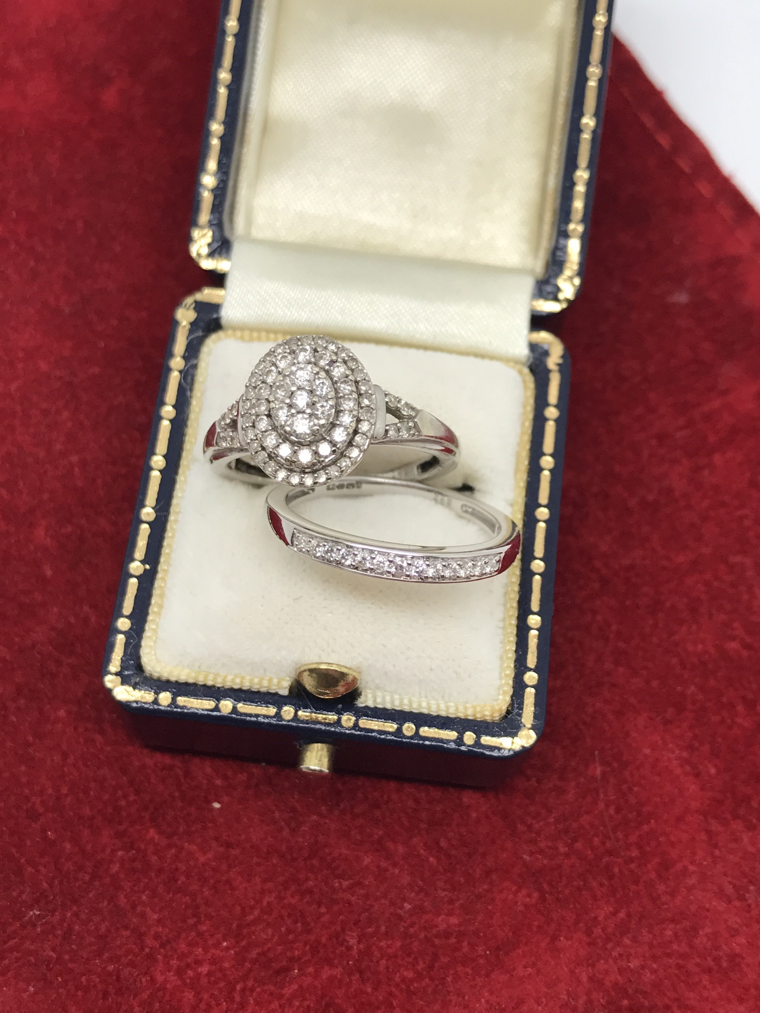 Lot 38 - 9ct WHITE GOLD DIAMOND ENGAGEMENT RING & 9ct GOLD DIA SET BAND RING