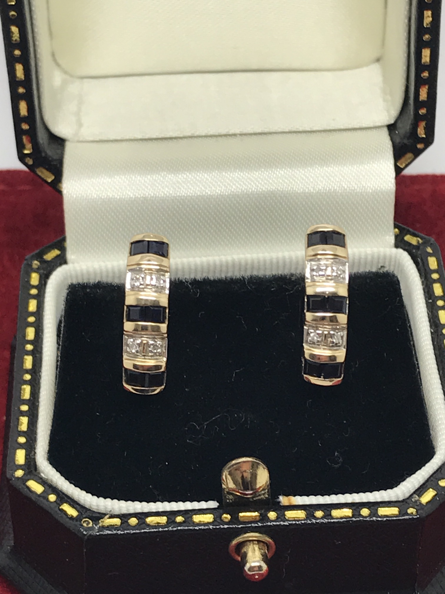 Lot 42 - STUNNING 9ct SAPPHIRE & DIAMOND EARRINGS