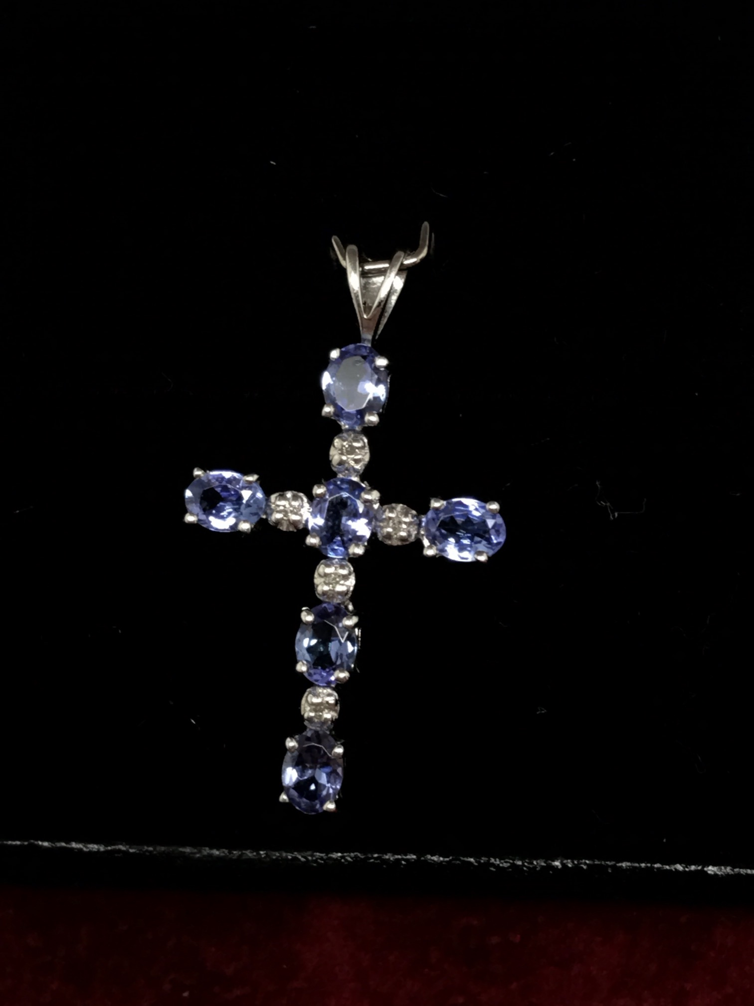 Lot 40 - 9ct WHITE GOLD TANZANITE & DIAMOND CROSS PENDANT