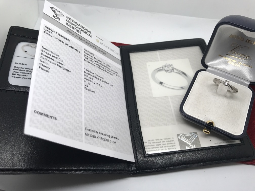 Lot 43 - 18ct WHITE GOLD MASTER CUT DIAMOND SOLITAIRE RING -BOXED WITH EYEGLASS