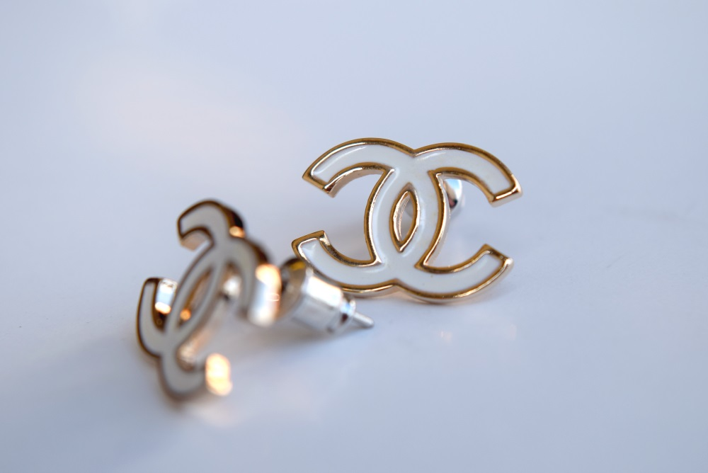 Lot 14A - 18K GOLD (IP) CC Logo Ear Studs/ Earrings