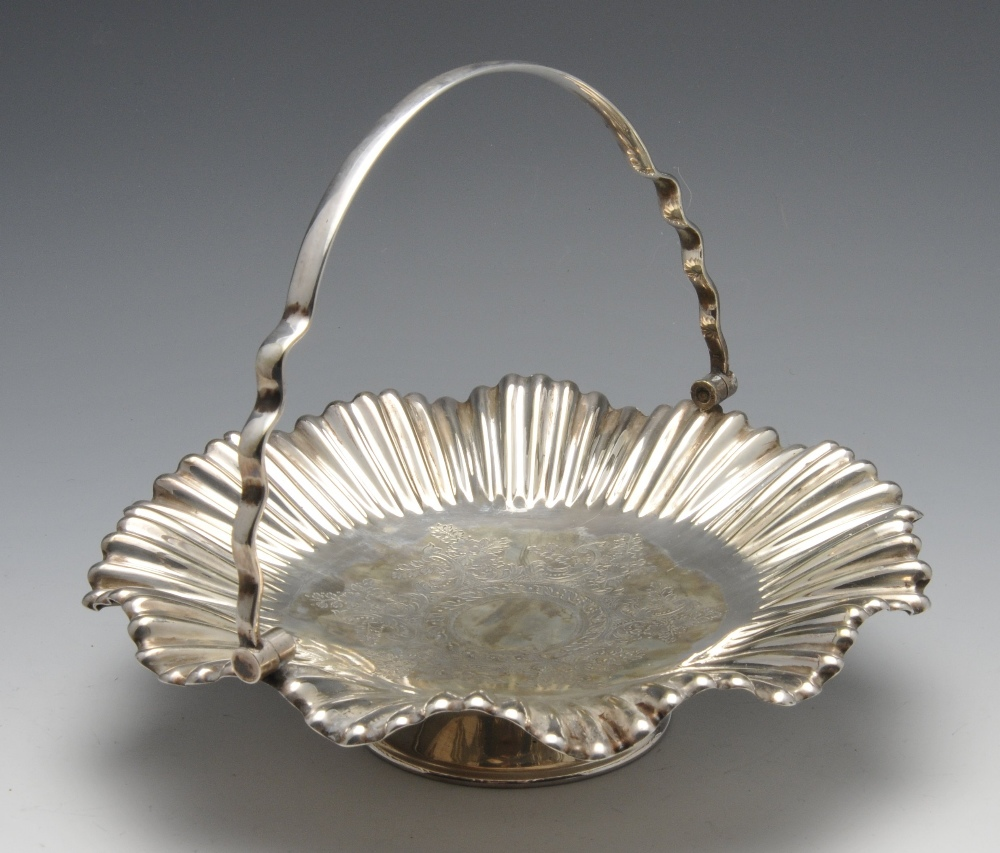 Lot 408 - A selection of plated ware to include a novelty apple condiment pot by Mappin & Webb, spirit kettle,