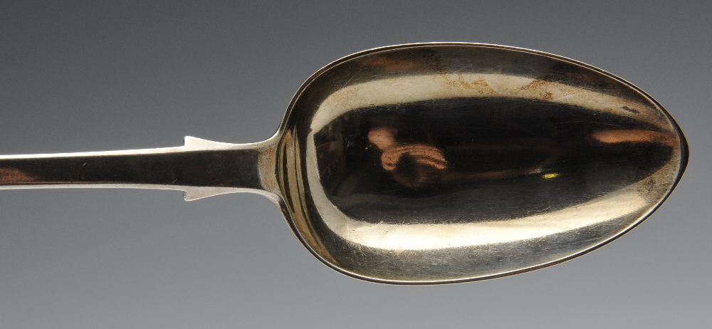 Lot 530 - A pair of late George III silver Fiddle pattern sauce ladles, having initialled terminals,