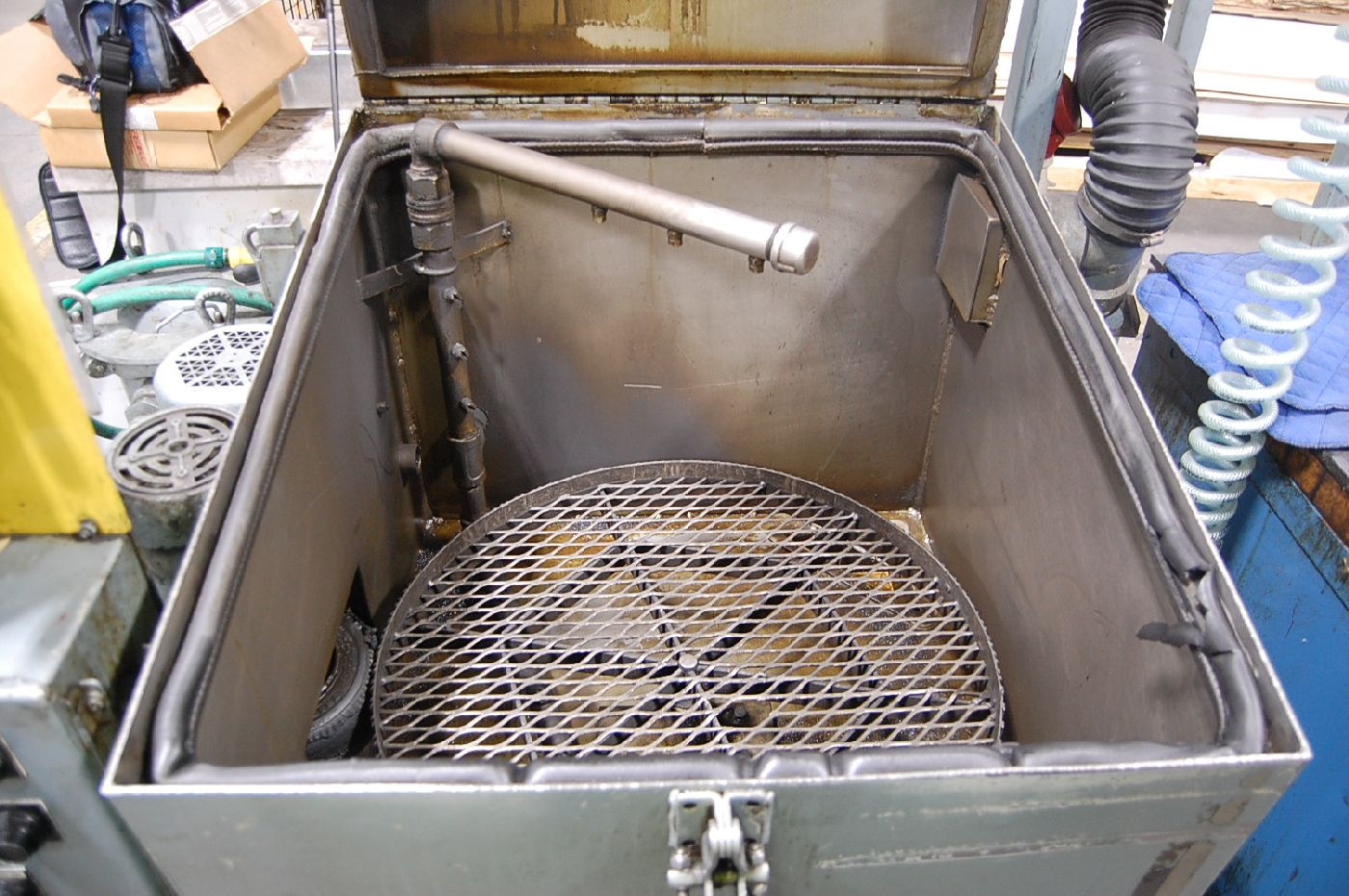 Lot 16 - Better Engineering Model Impulse II Parts Washer