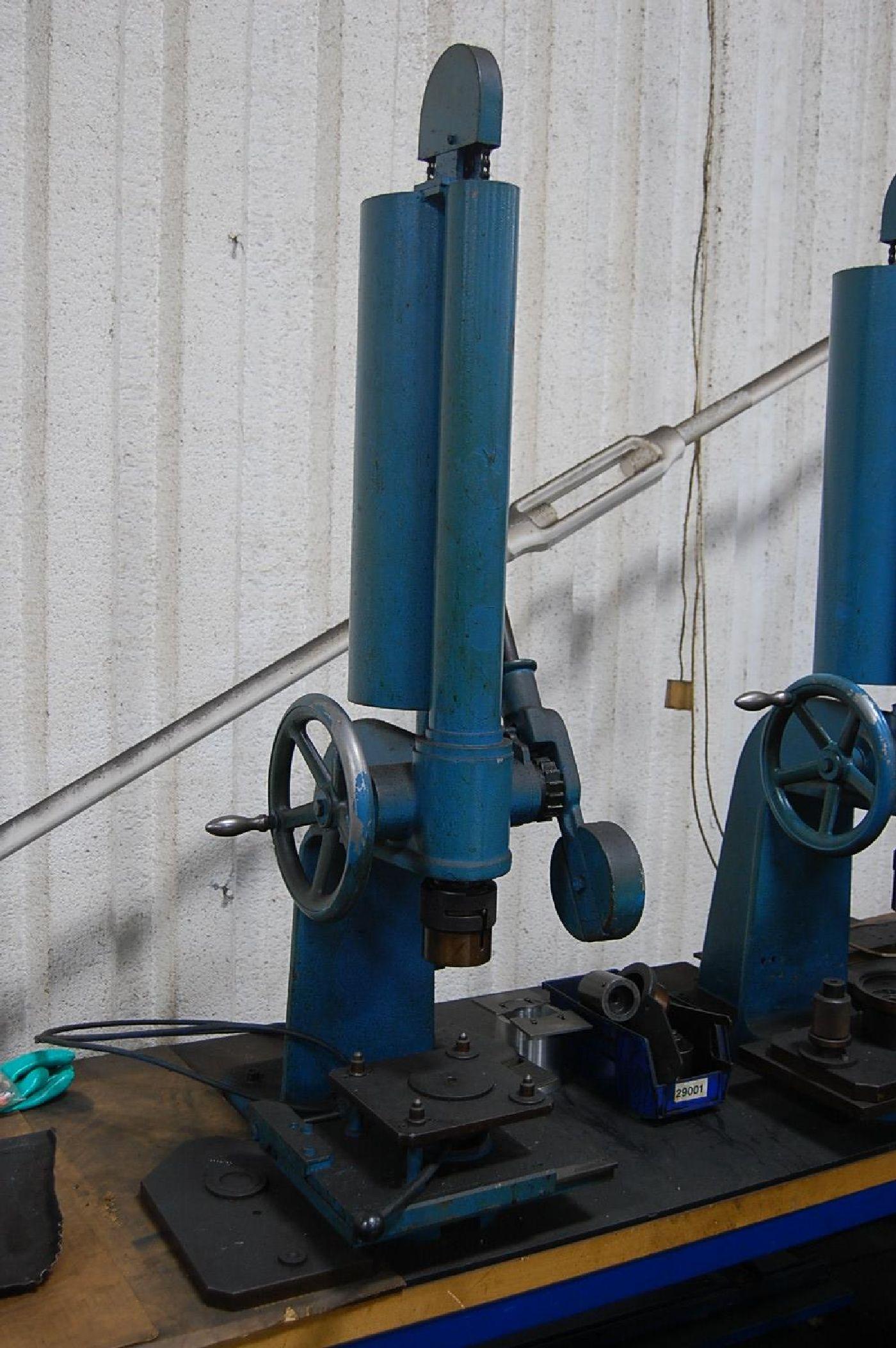 Ageo Model DP1500 1500kg Arbor Press