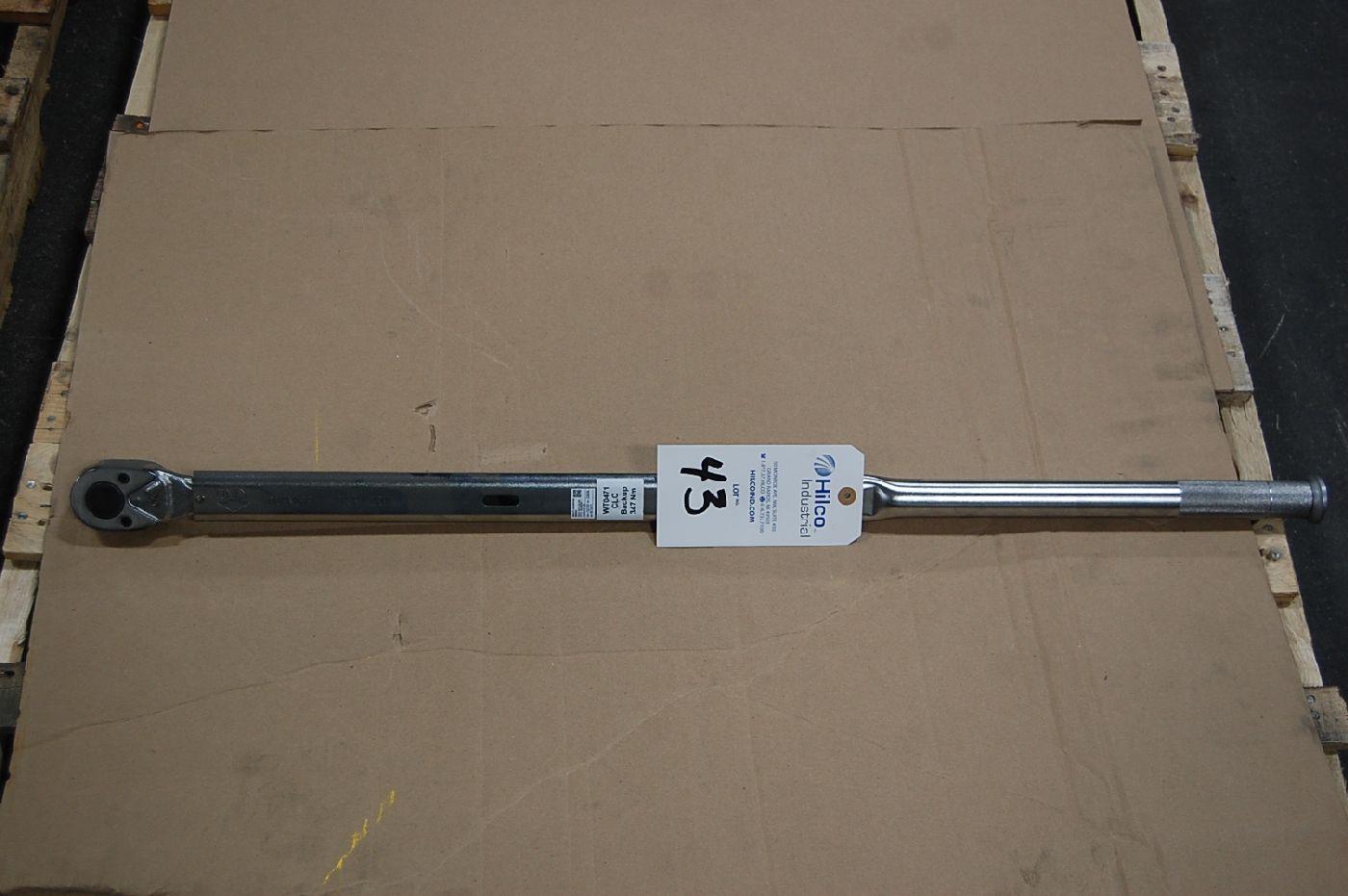 Lot 43 - Tohnichi Model QSP420N 256 Ft. Lb. Torque Wrench