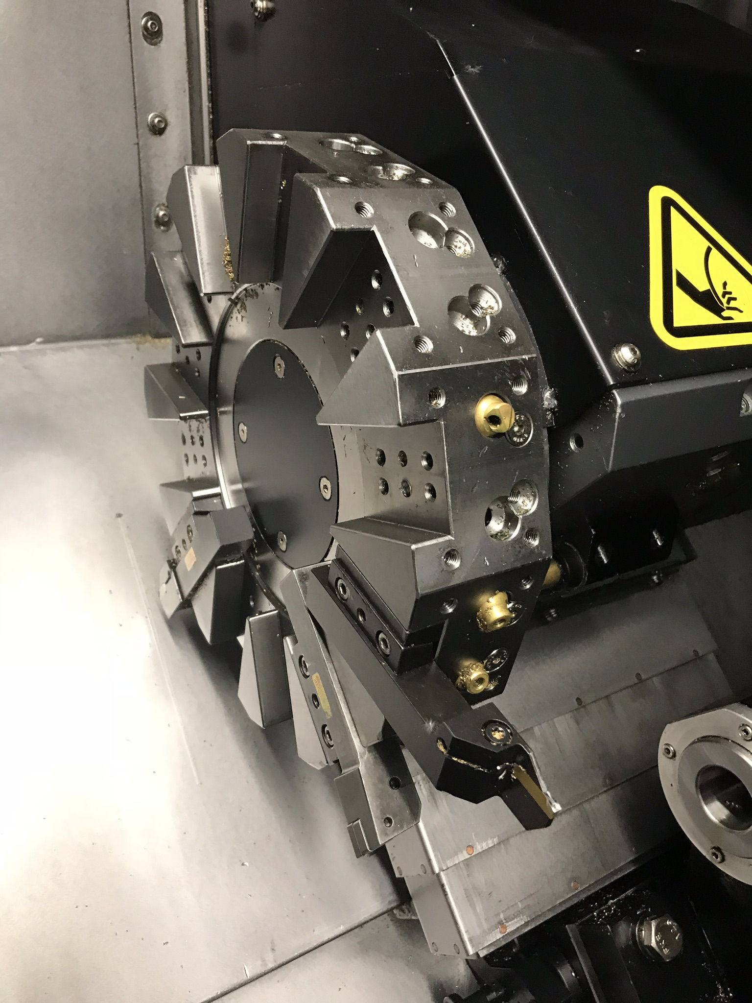 Hurco TM-6i CNC Lathe with HB65-1.2 Barfeed, Rigid Tap, Renishaw Presetter, Chip Conv, 400 Hours! - Image 5 of 16