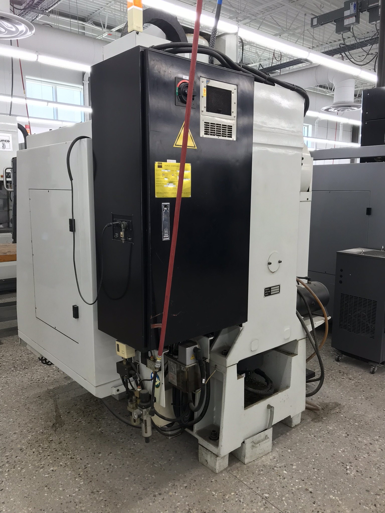 Hurco VM-1 CNC Vertical Machining Center, Spindle Recently Replaced, Approx 6,800 Hours, Max Control - Image 4 of 5