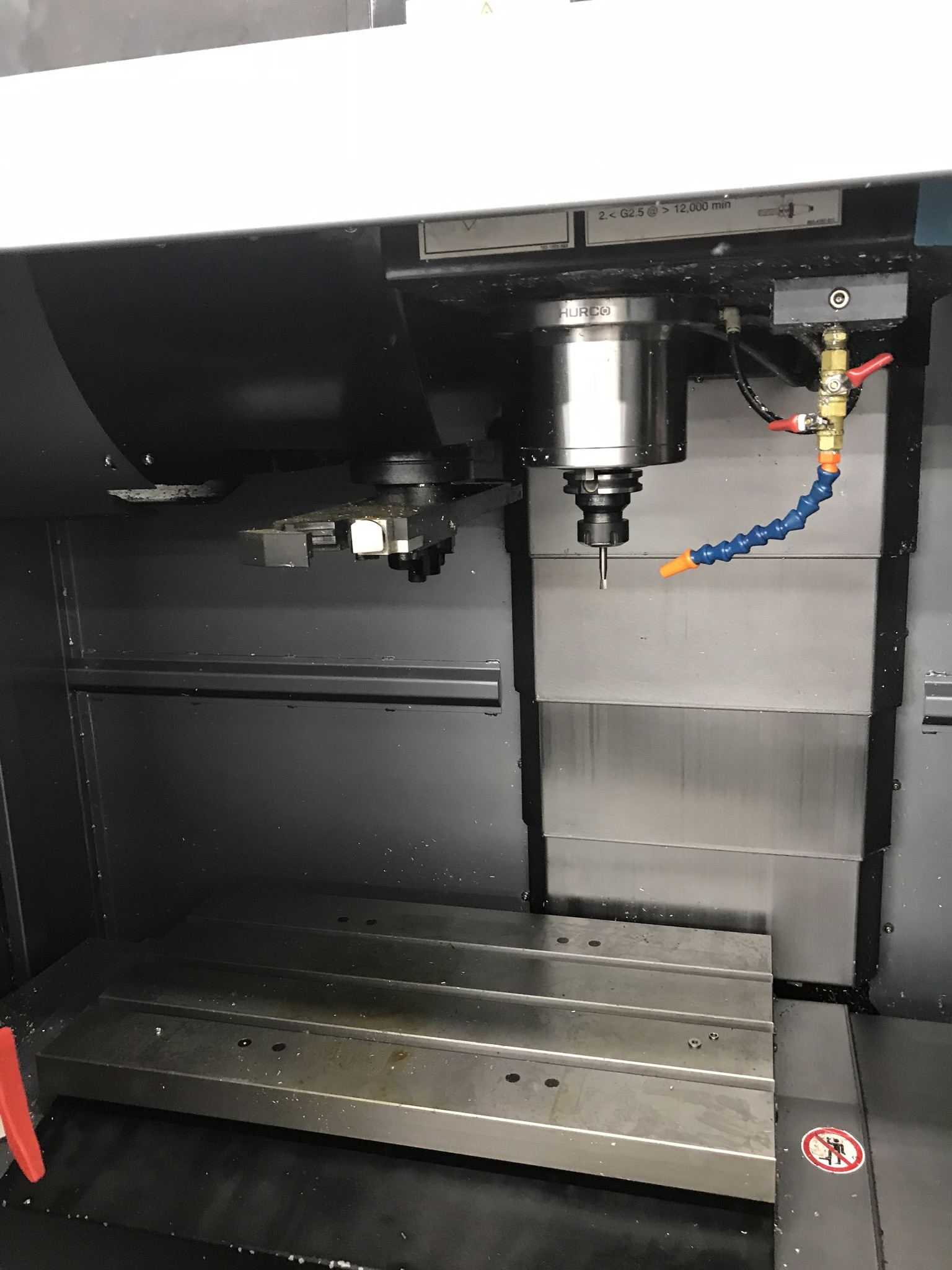 Hurco VM-10i Vertical Machining Center, Loaded with Software and Options (2013) 1,600 Total Hours - Image 2 of 7