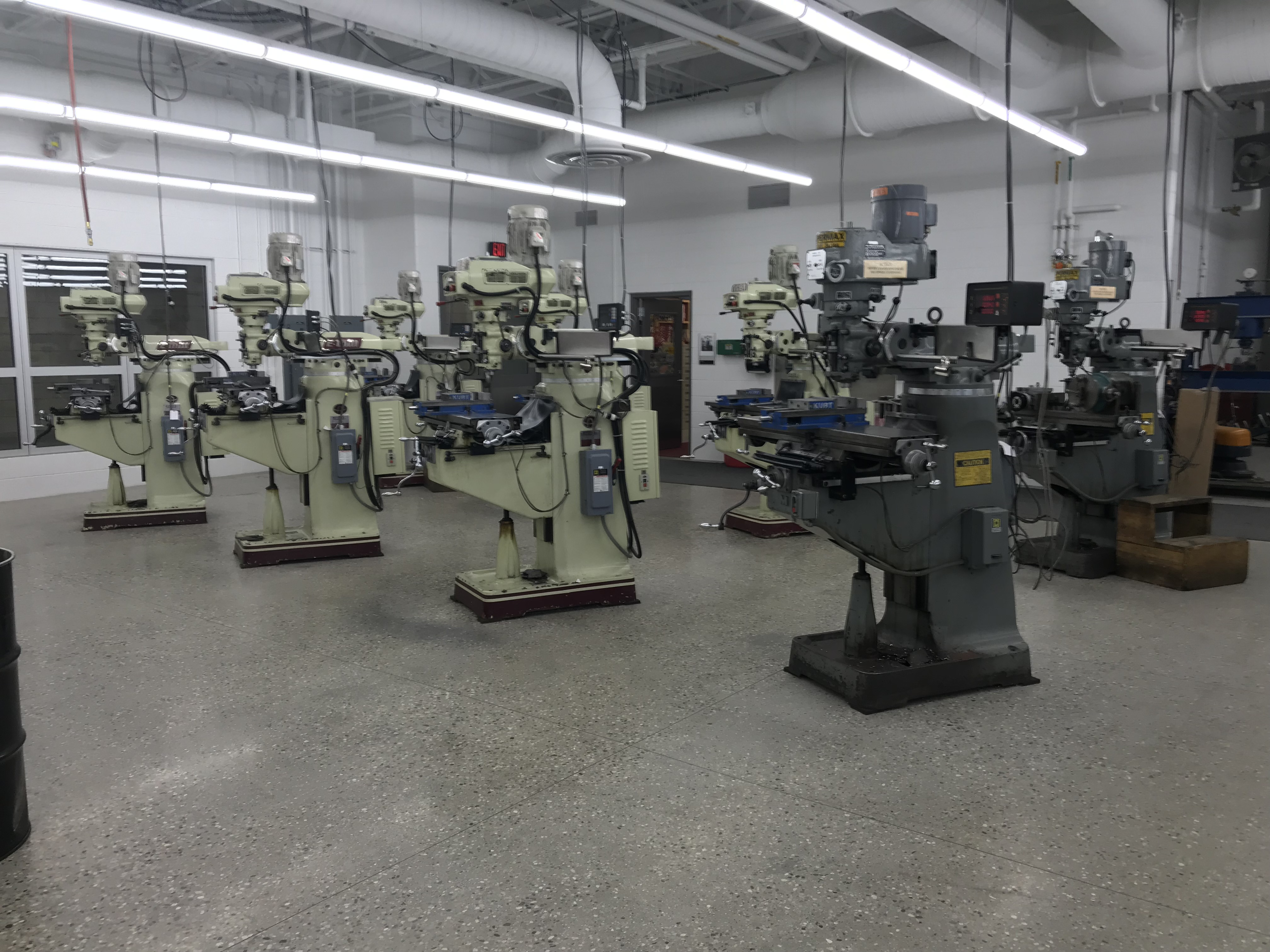Featuring - Supermax & Acer Vertical Milling Machines *See Lots 9-17 to Bid