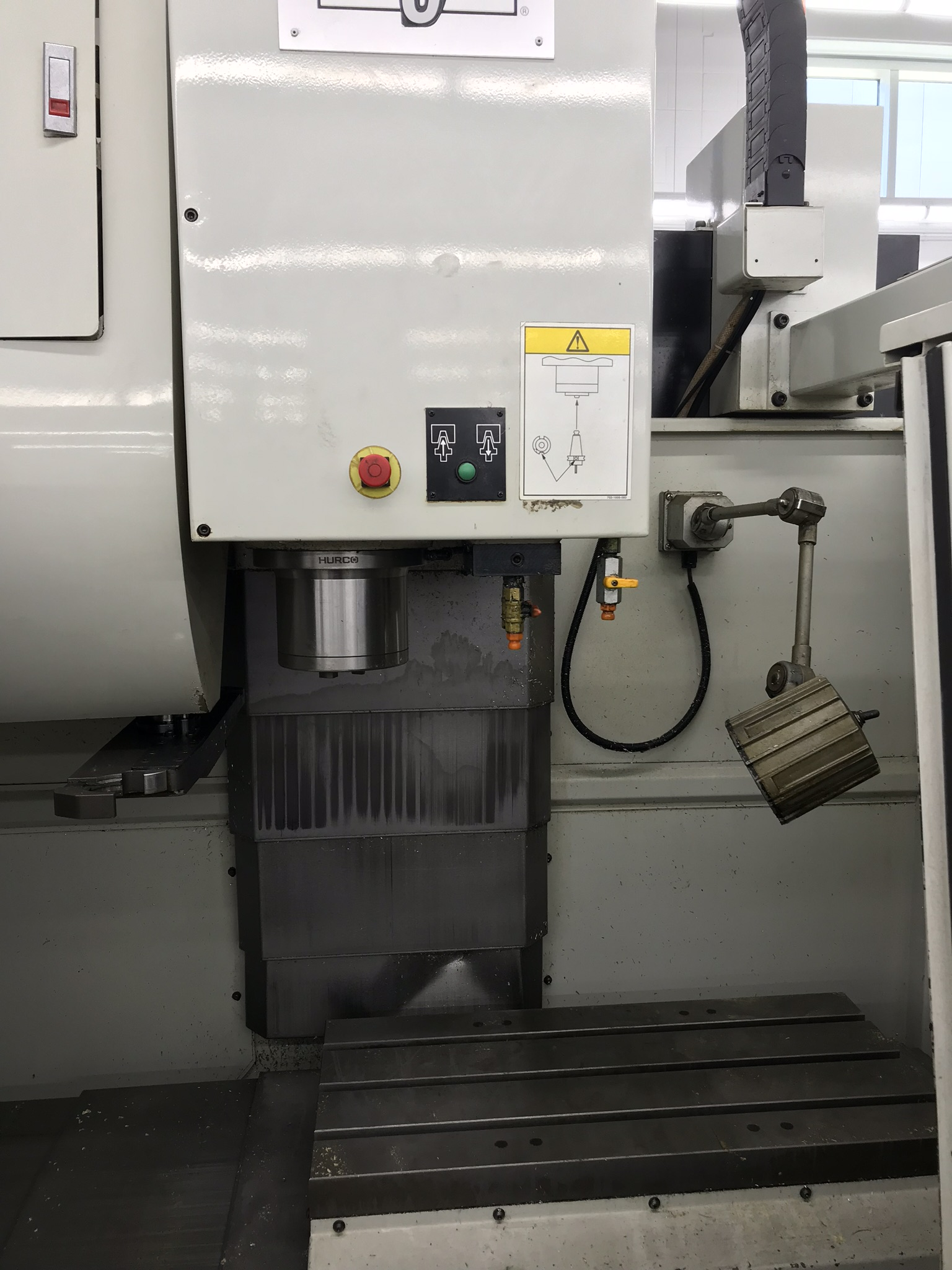 Hurco VM-1 CNC Vertical Machining Center, Spindle Recently Replaced, Approx 6,500 Hours, Max Control - Image 2 of 6