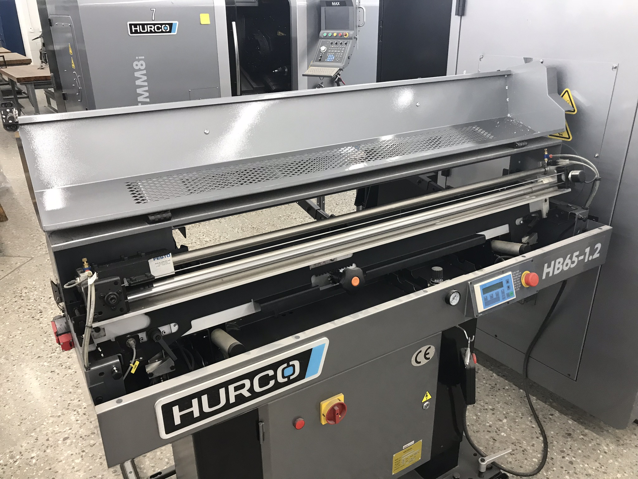 Hurco TM-6i CNC Lathe with HB65-1.2 Barfeed, Rigid Tap, Renishaw Presetter, Chip Conv, 400 Hours! - Image 12 of 16