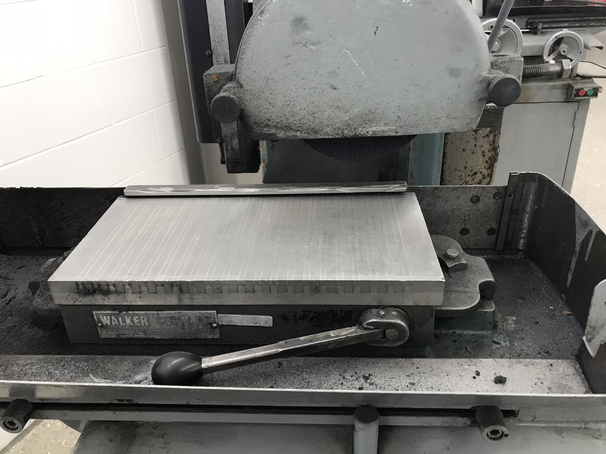 """Harig Super 612 6"""" x 12"""" Surface Grinder with Scales for X, Y DRO, 6"""" x 12"""" Permanent Chuck, Coolant - Image 2 of 4"""