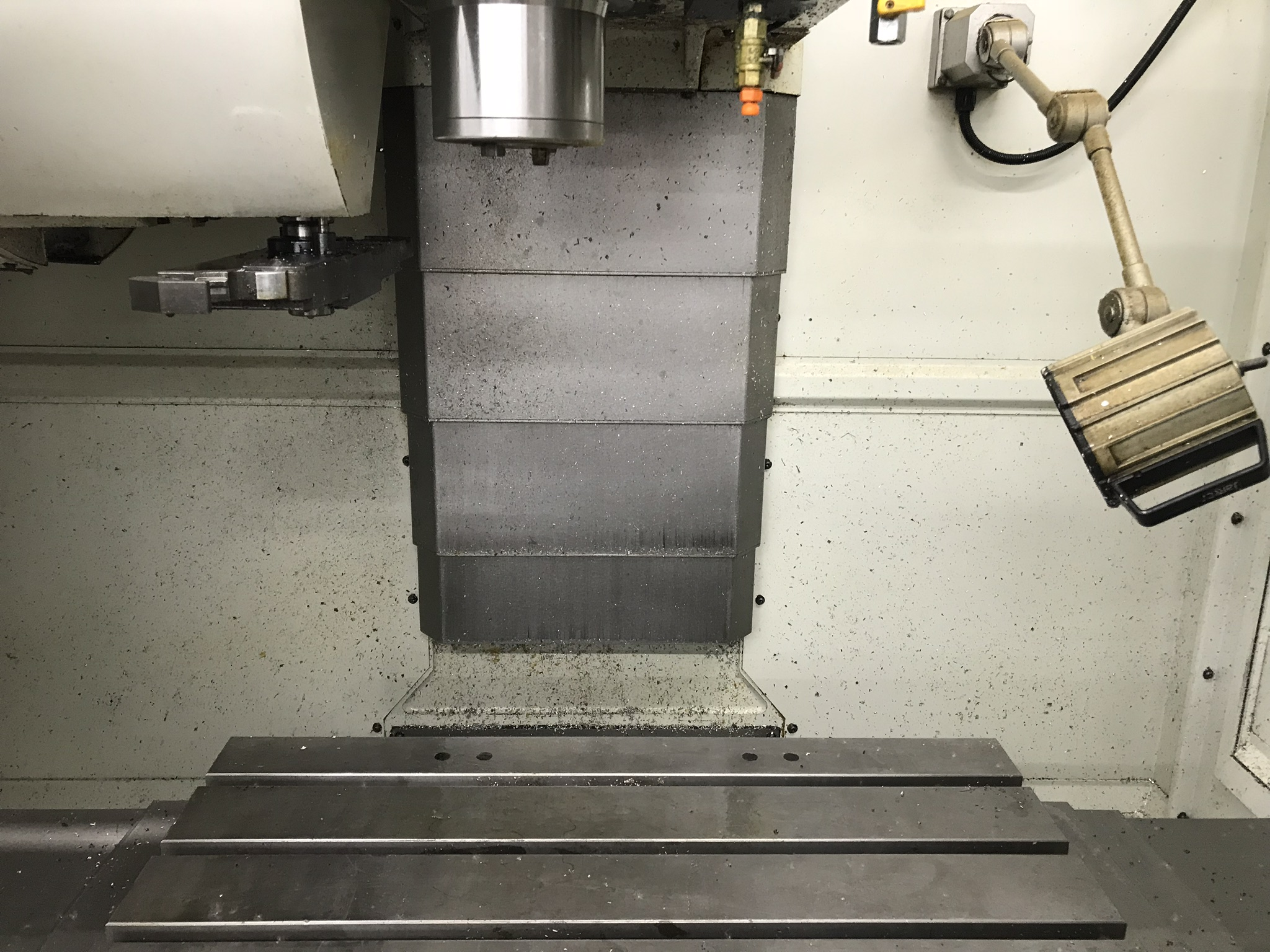 Hurco VM-1 CNC Vertical Machining Center, Spindle Recently Replaced, Approx 6,800 Hours, Max Control - Image 2 of 5