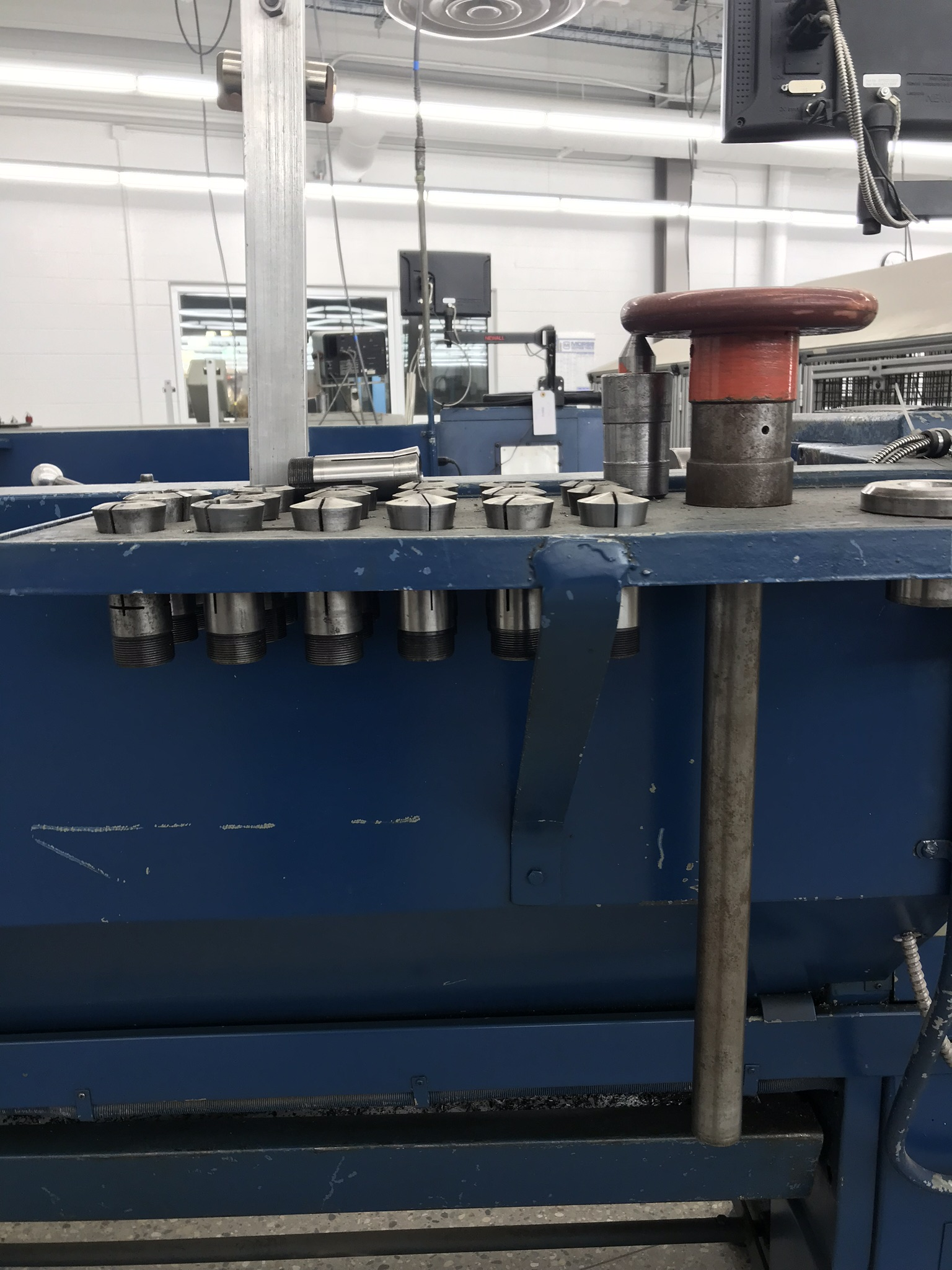"""Clausing Colchester 13"""" x 40"""" Toolroom Lathe 8"""" 3 jaw,10"""" 4 jaw, Collet set, Aloris Tool Post, DRO - Image 9 of 9"""