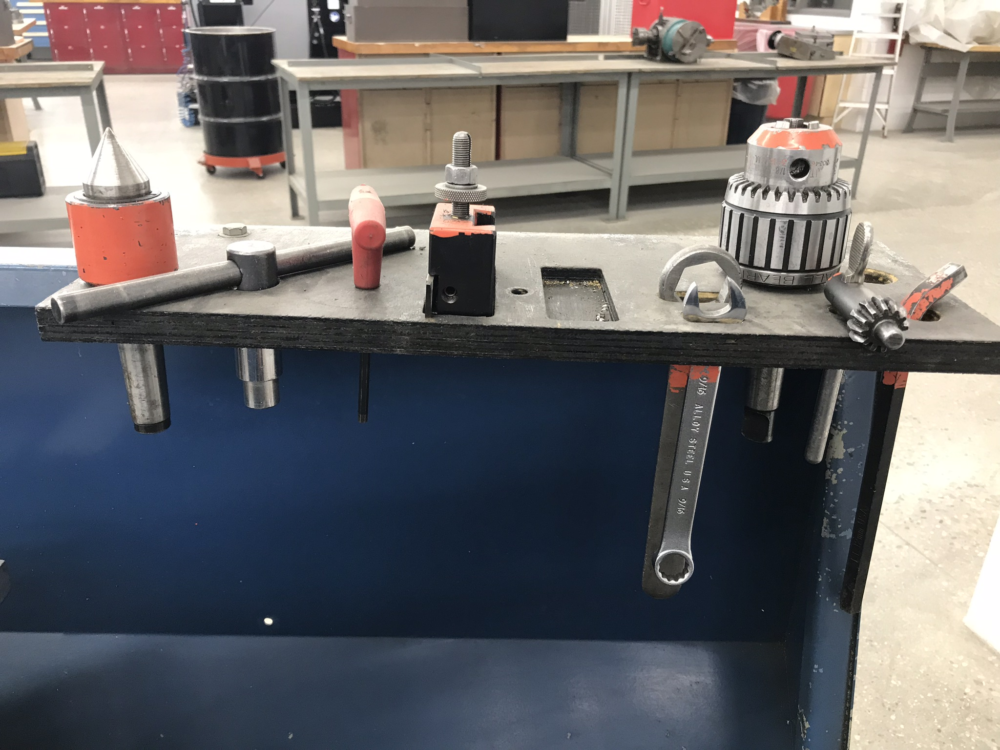 """Clausing Colchester 13"""" x 40"""" Toolroom Lathe 8"""" 3 jaw,10"""" 4 jaw, Collet set, Aloris Tool Post, DRO - Image 8 of 9"""