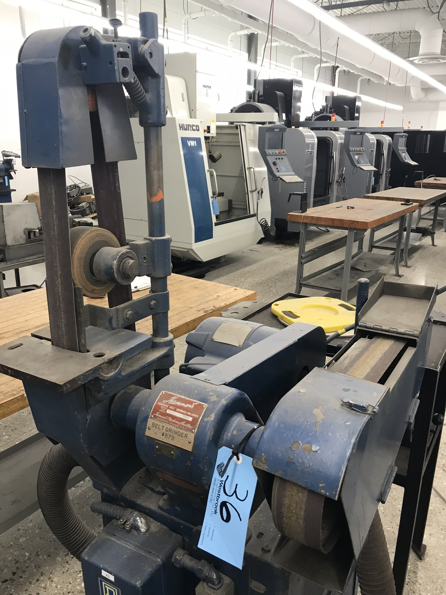 Hammond (Double Belt) Belt Sander Model # 50DD w/ Stand and Integral Dust Collector - Image 2 of 2