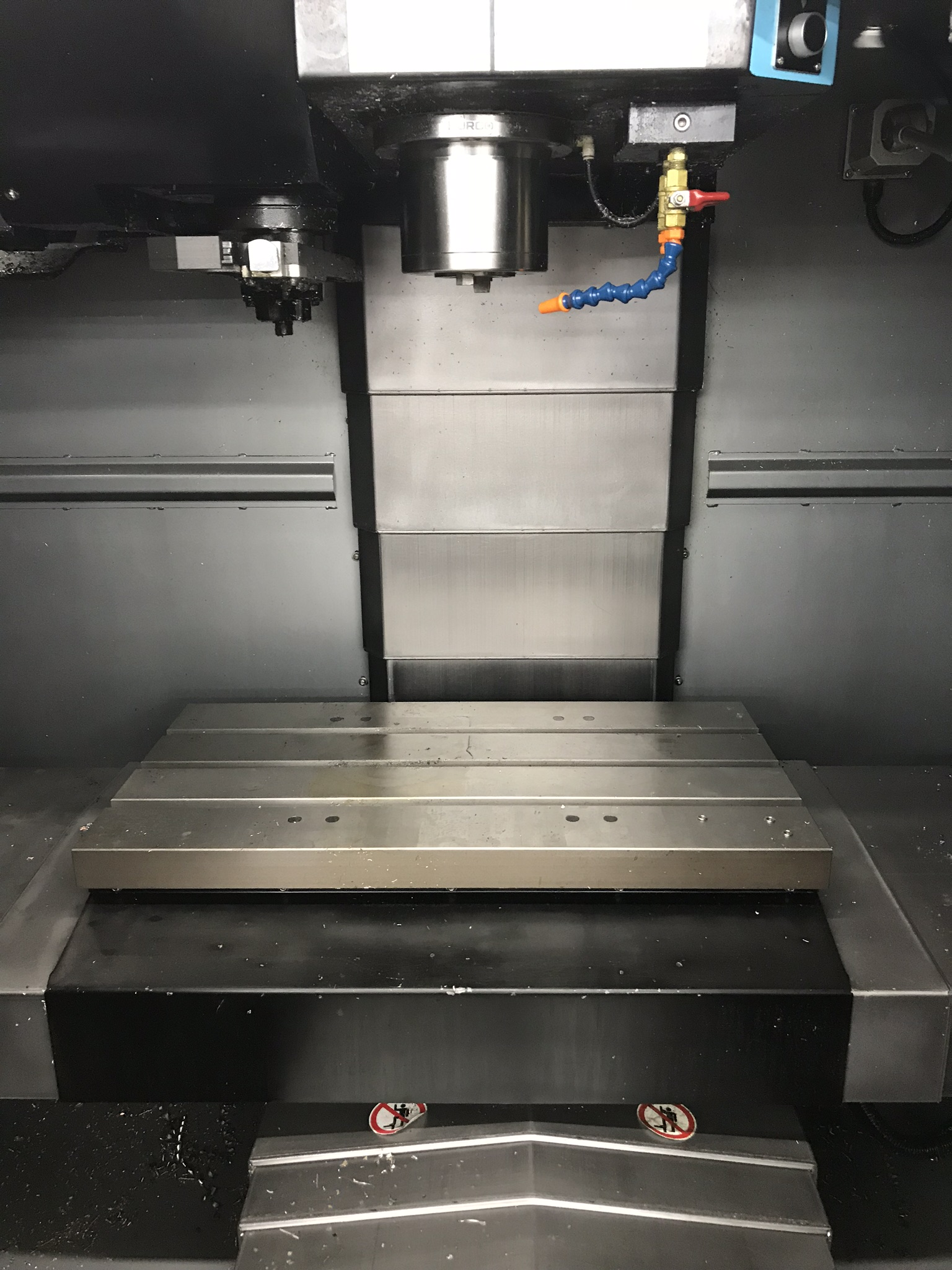 Hurco VM-10i Vertical Machining Center, Loaded with Software and Options (2013) 3,000 Total Hours - Image 2 of 6