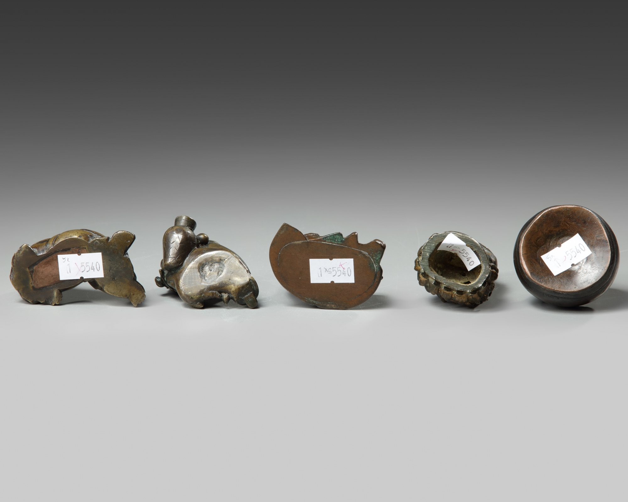 A group of five Chinese bronze scholar's items - Image 3 of 3