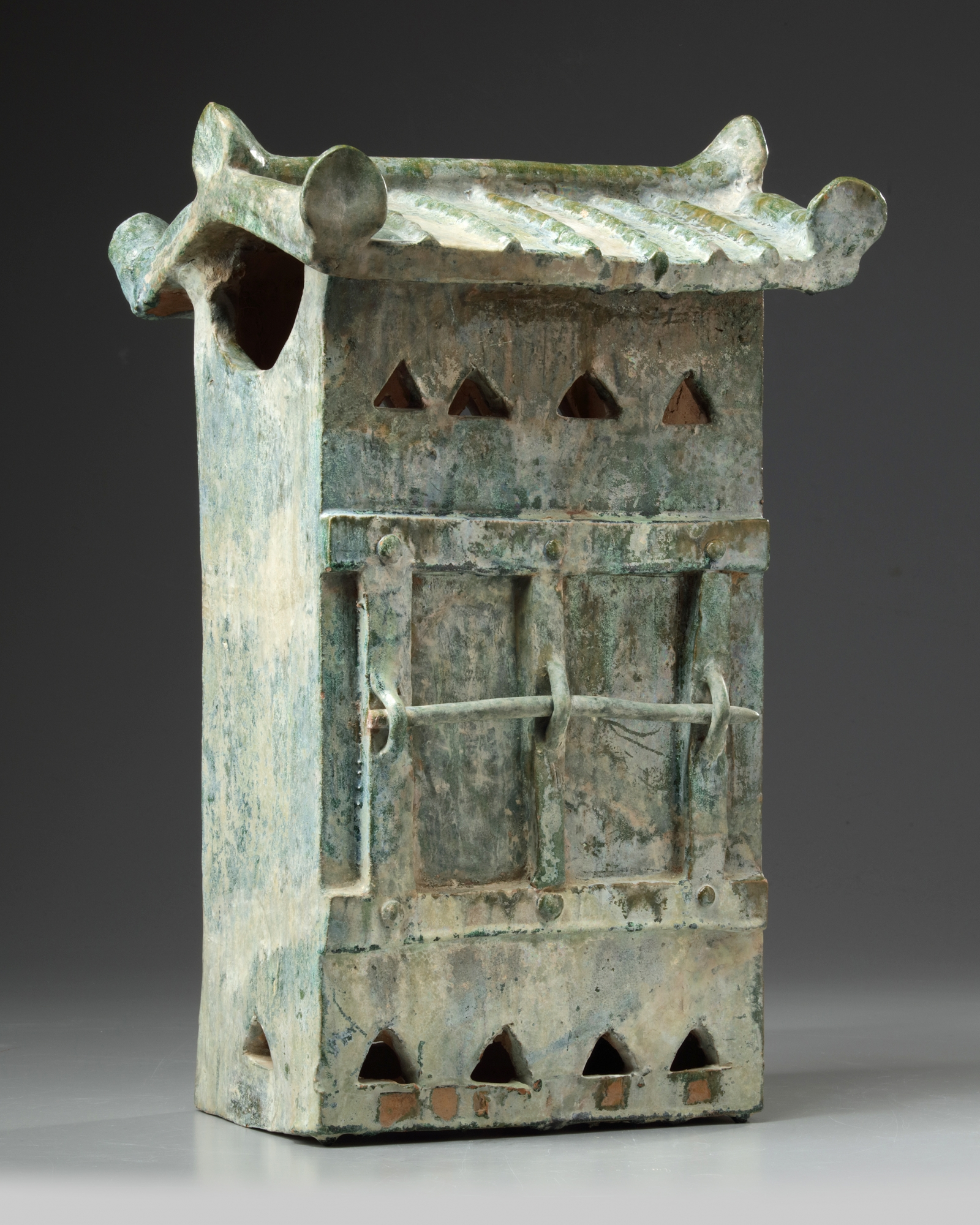 Lot 2 - A Chinese green-glazed pottery storehouse