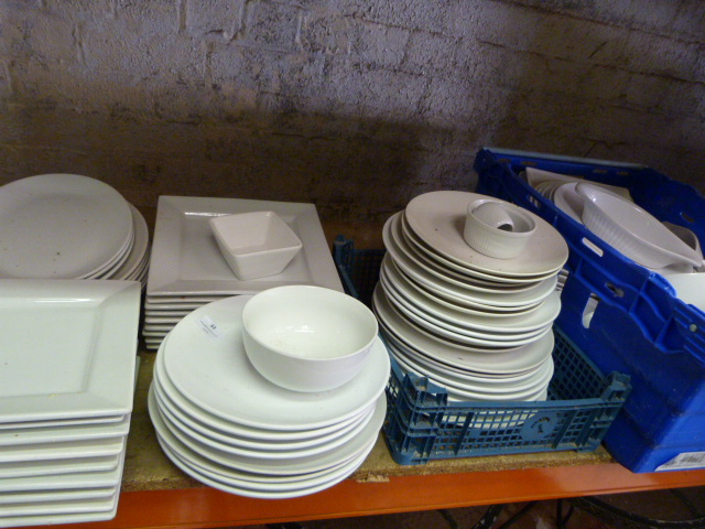 Lot 51 - *Round and Square White Pottery Plates