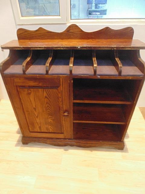 Lot 263 - Contract Furnishing waiter station cutlery compartments under counter top with single left hand